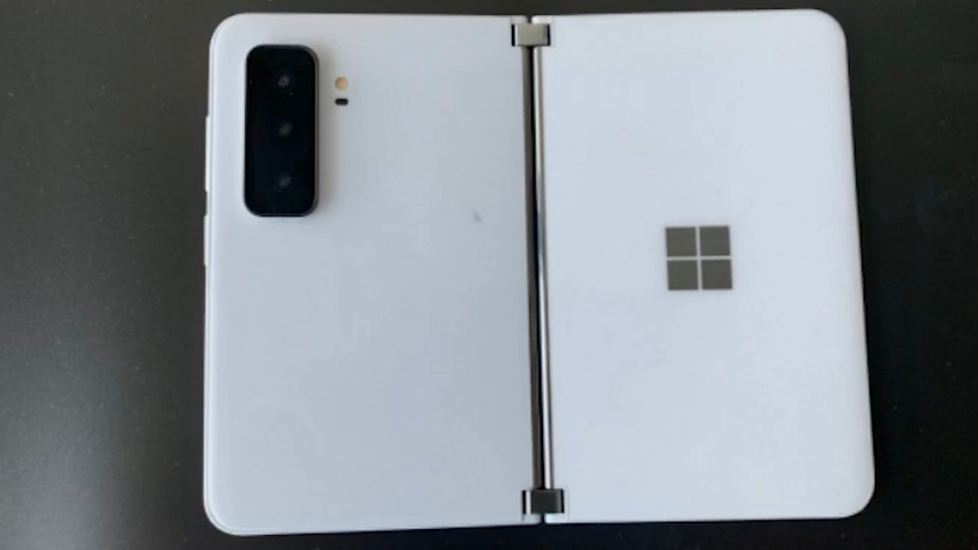 Video: Microsoft Surface Duo 2: Images leaked online?
