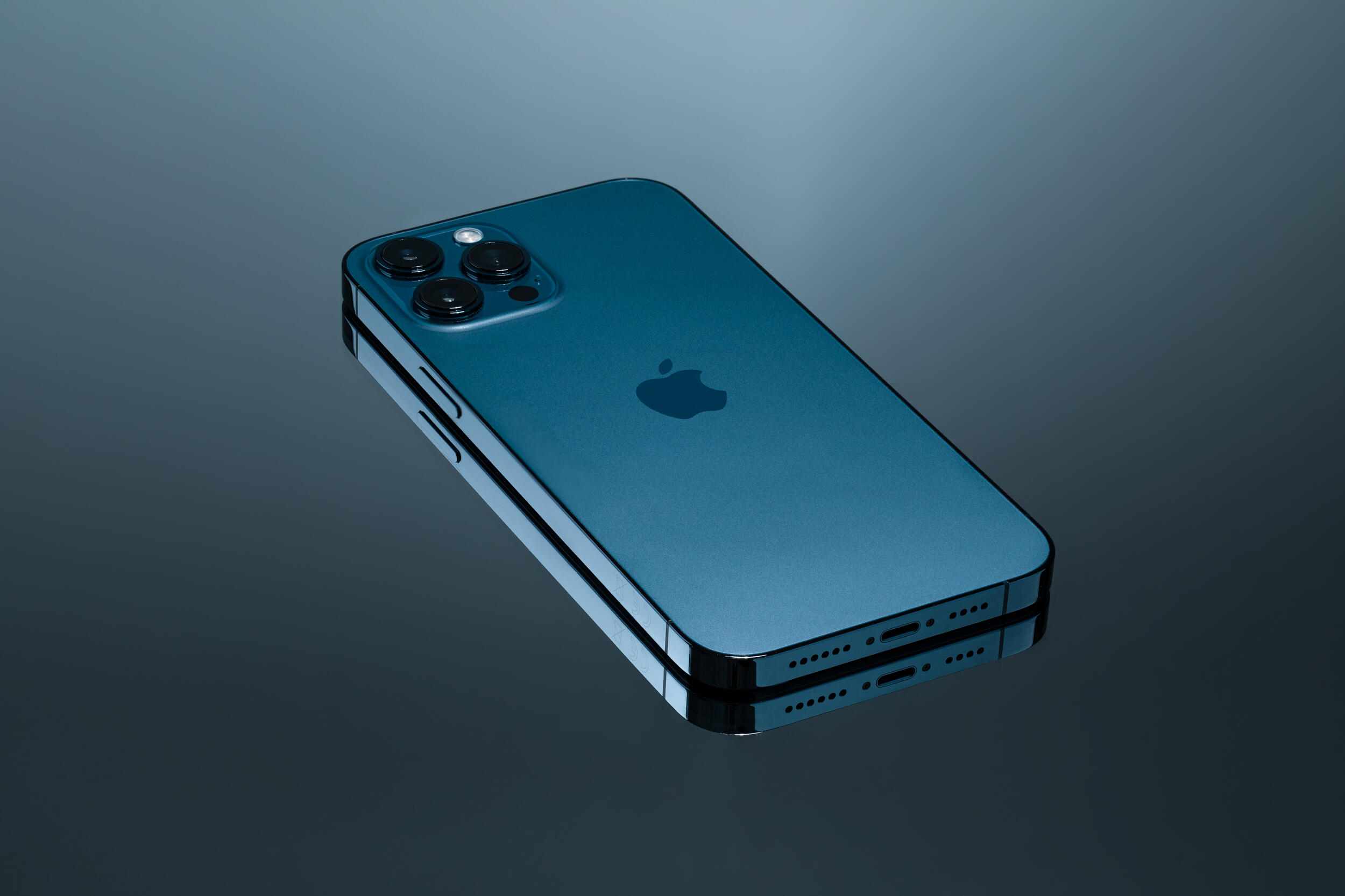 iPhone 13 design changes and colors: The new phones might be ...