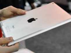 An iPad 2 mock-up at CES 2011, three months ahead of Apple's official unveiling.