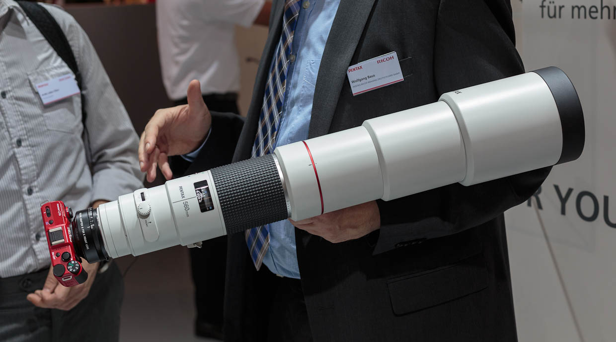 This Pentax Q10 is dwarfed by the 560mm telephoto lens attached.