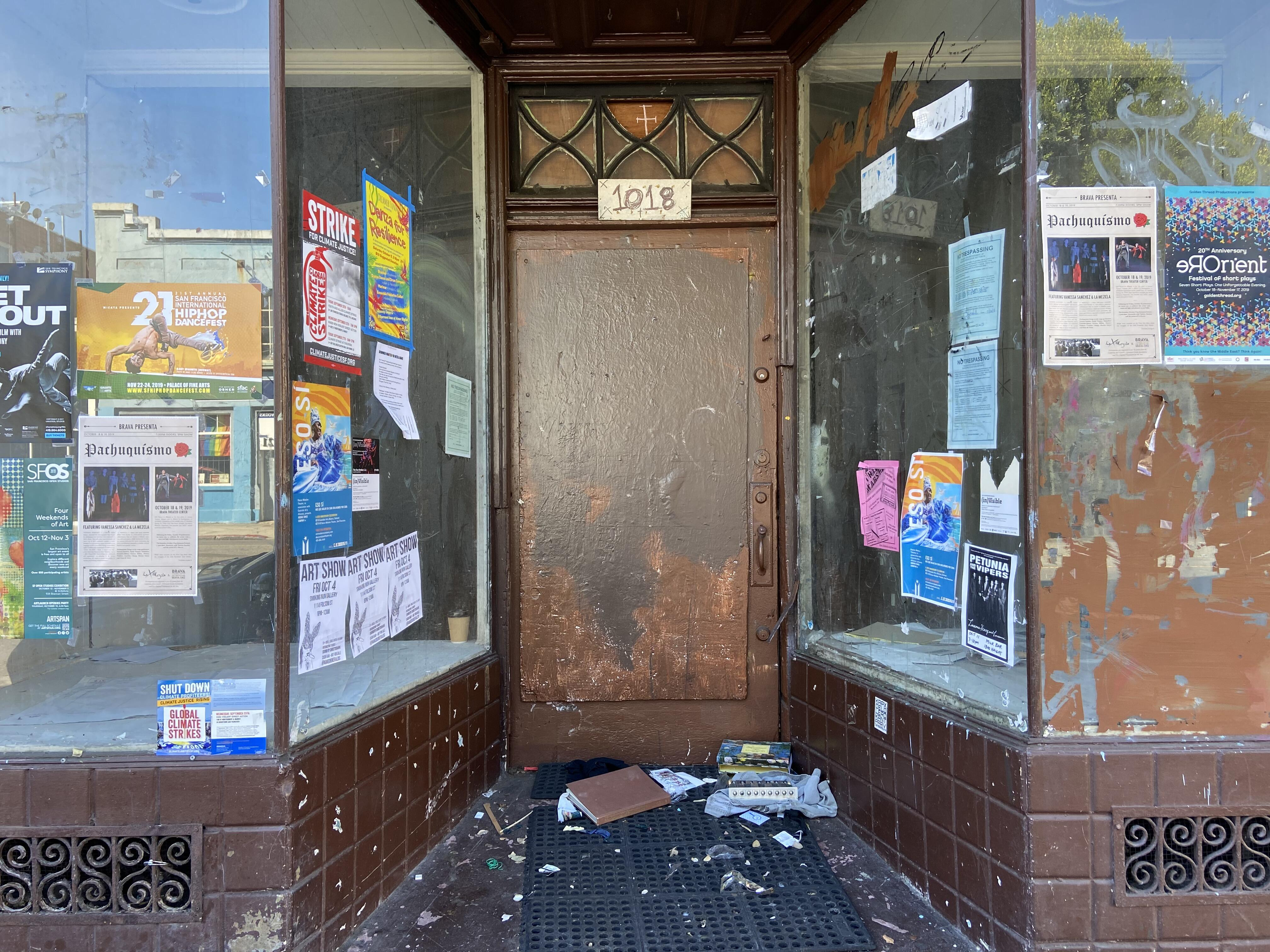 old-storefront-iphone-11