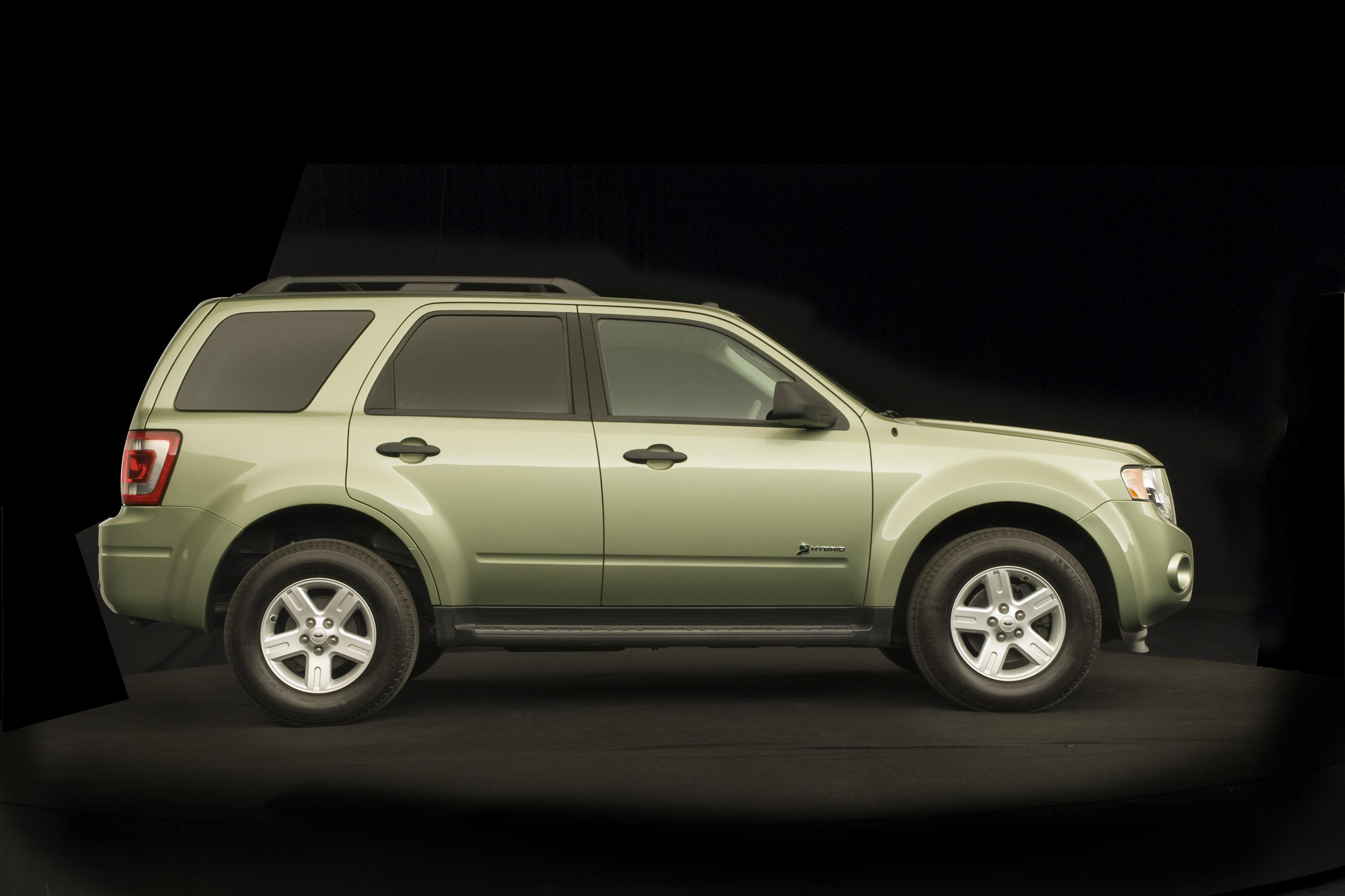 2008-ford-escape-hybrid-exterior-5