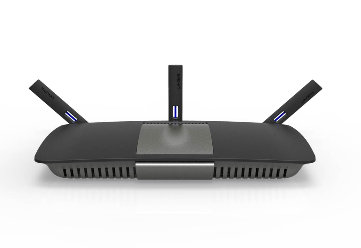 The Linksys EA6900 is the first in the EA series to have external antennas.