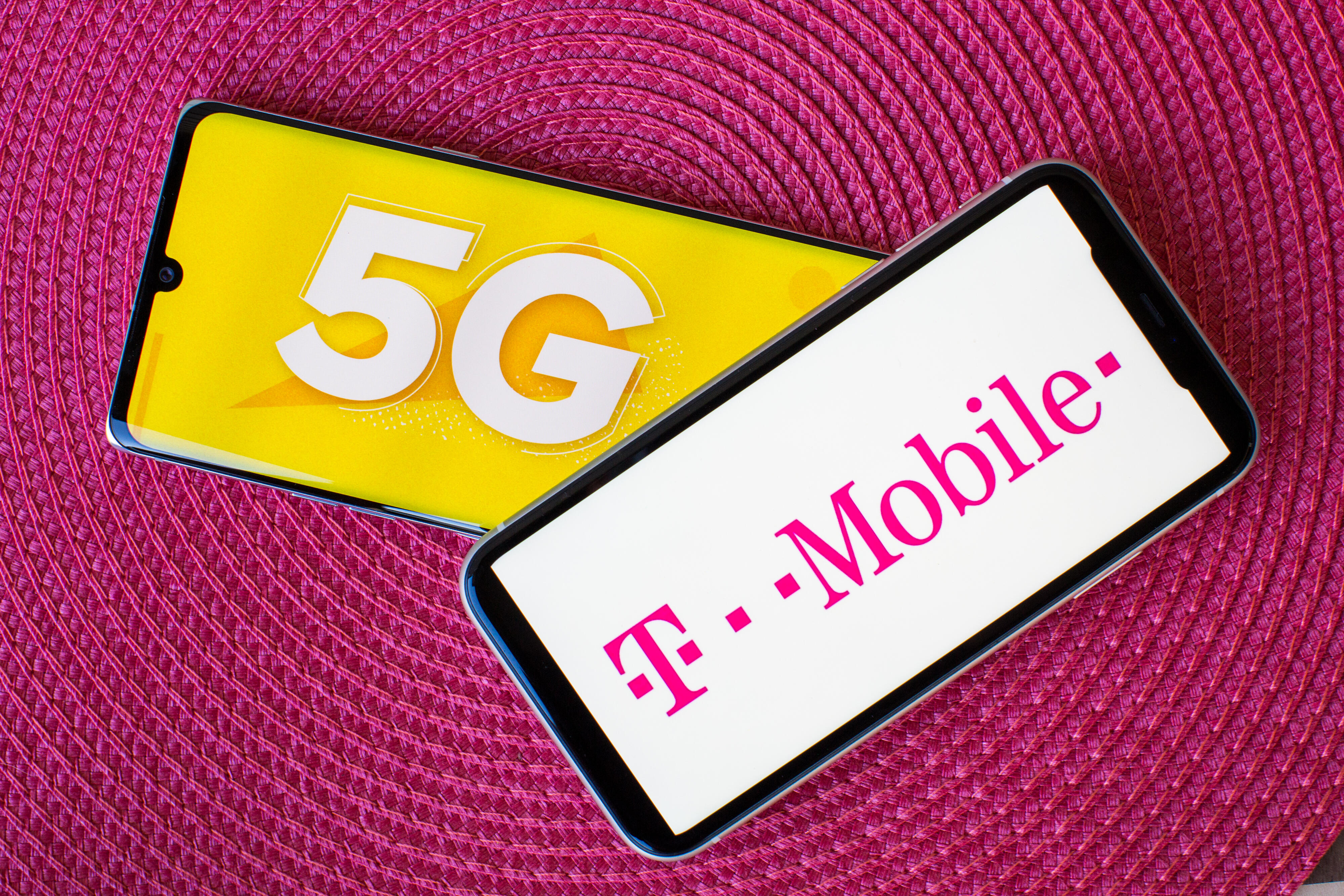 tmobile-5g-logo-phone-4340