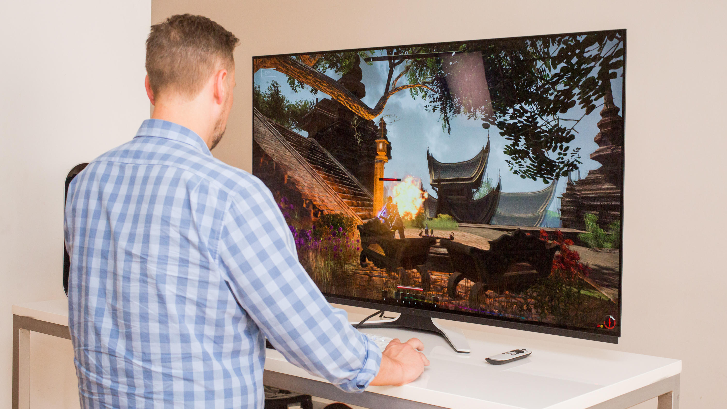 10-alienware-55-oled-gaming-monitor