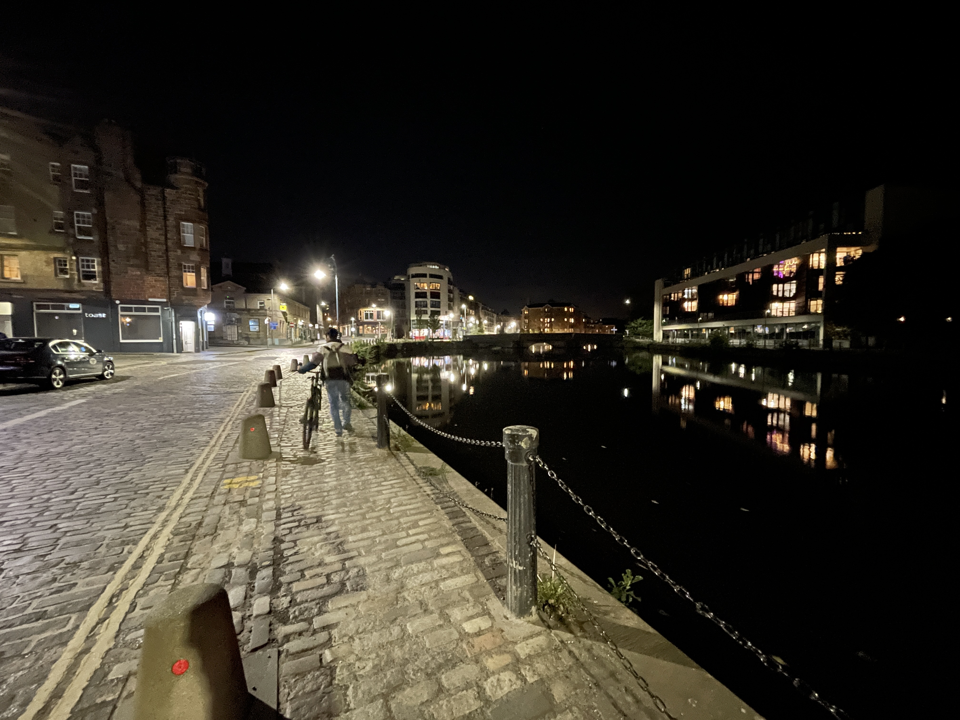 leith-wide-night-mode-iphone-12-pro-max