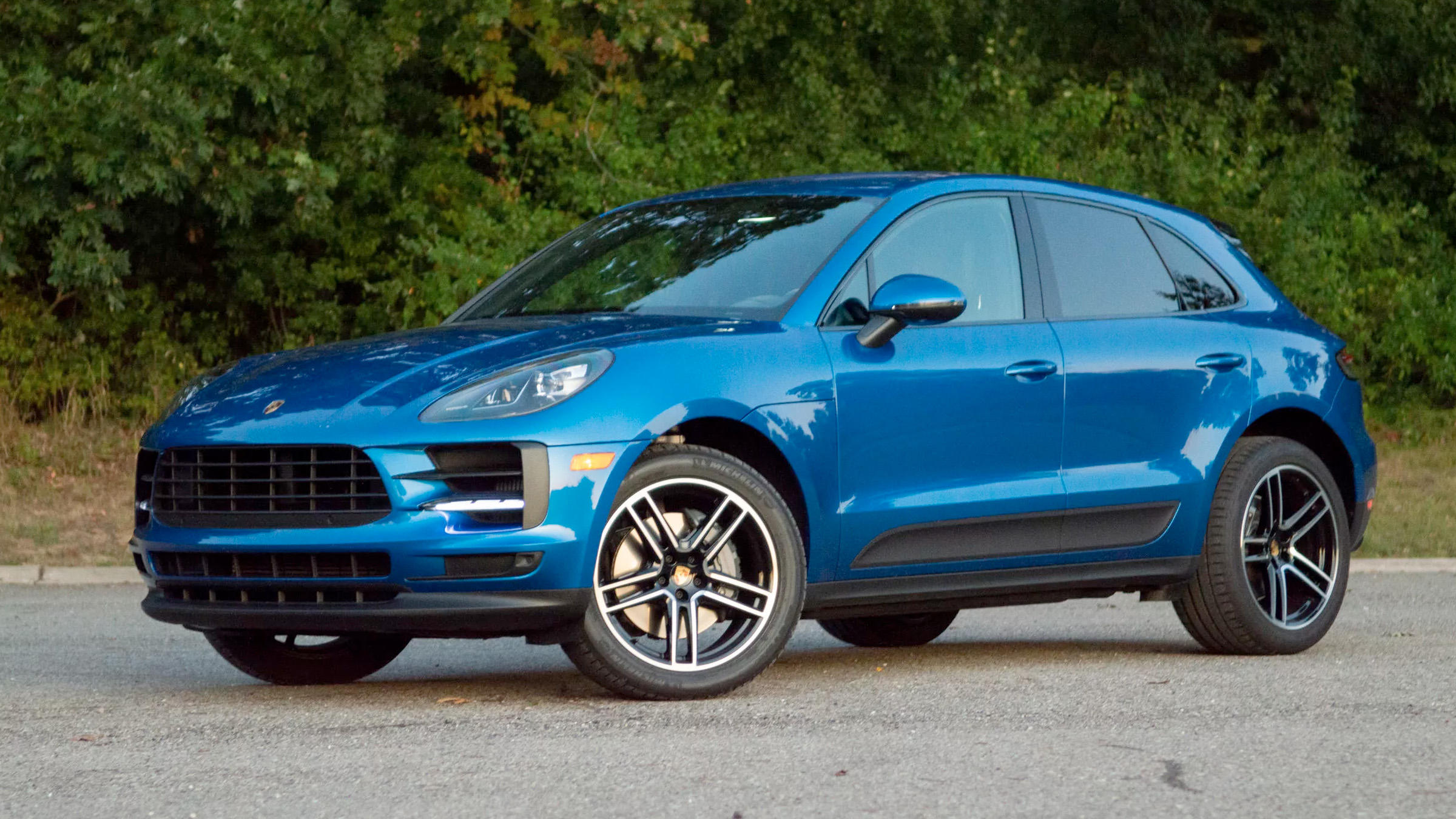 Video: 2019 Porsche Macan S is sufficiently sporty