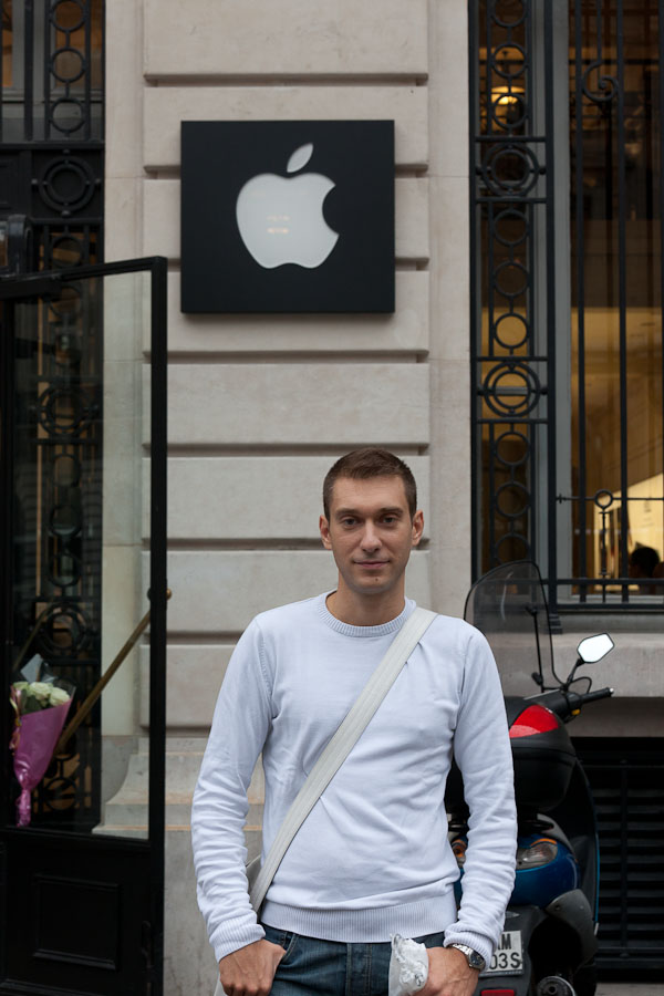 Cedric Jacquiot bought a memorial iPod Shuffle as a collector's item the day after Steve Jobs died.