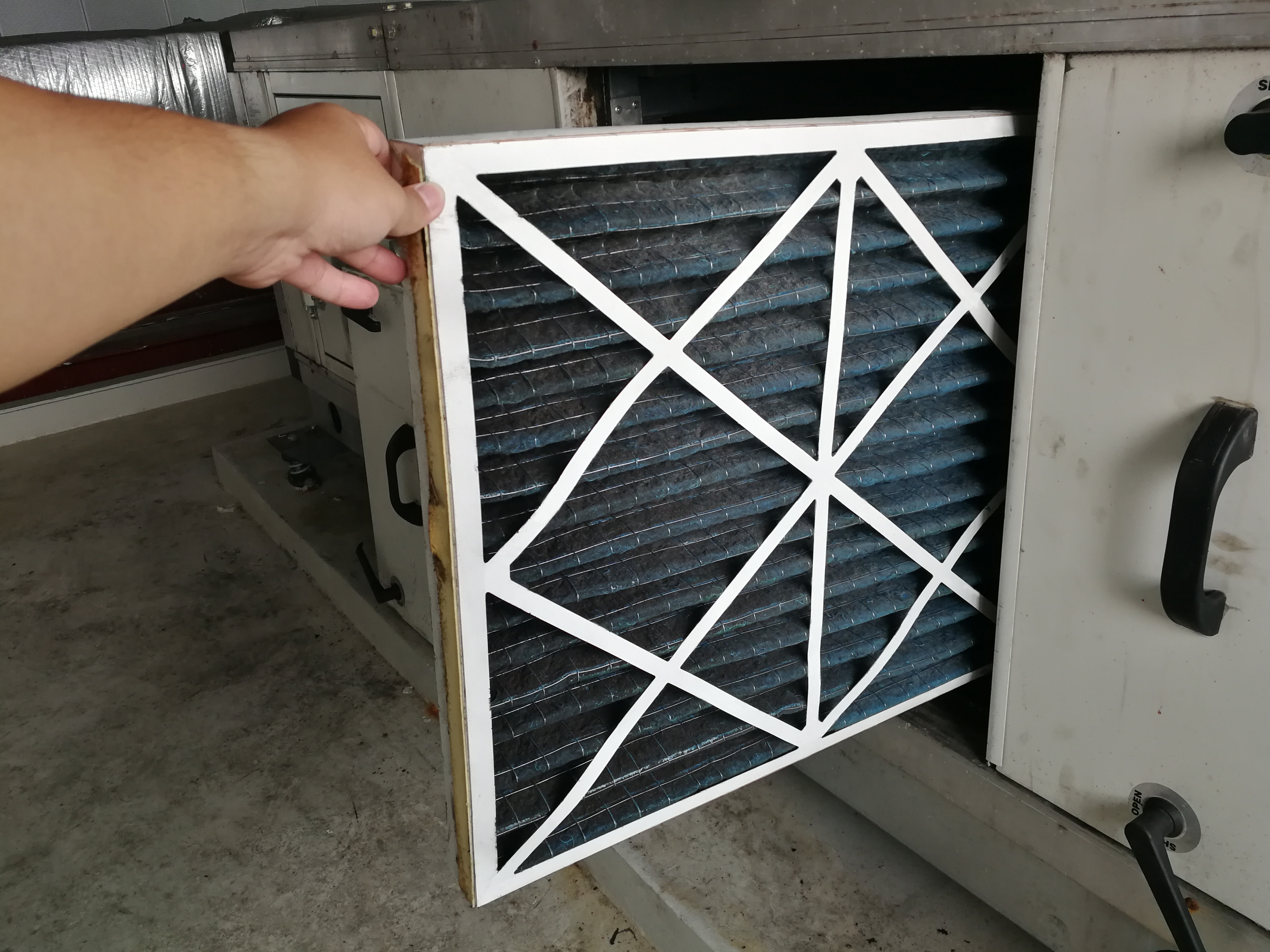 Furnace filter guide: How often you should replace your filter and more     - CNET