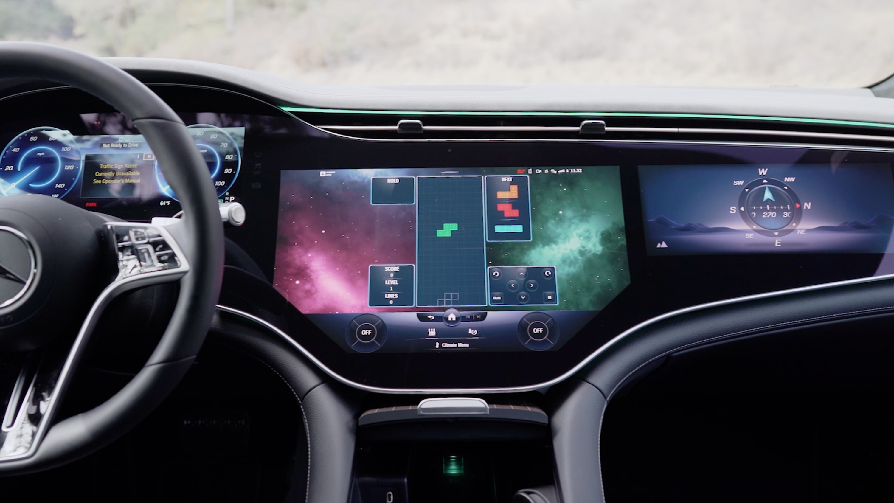 Video: Hands-on with Mercedes' Hyperscreen display in the EQS