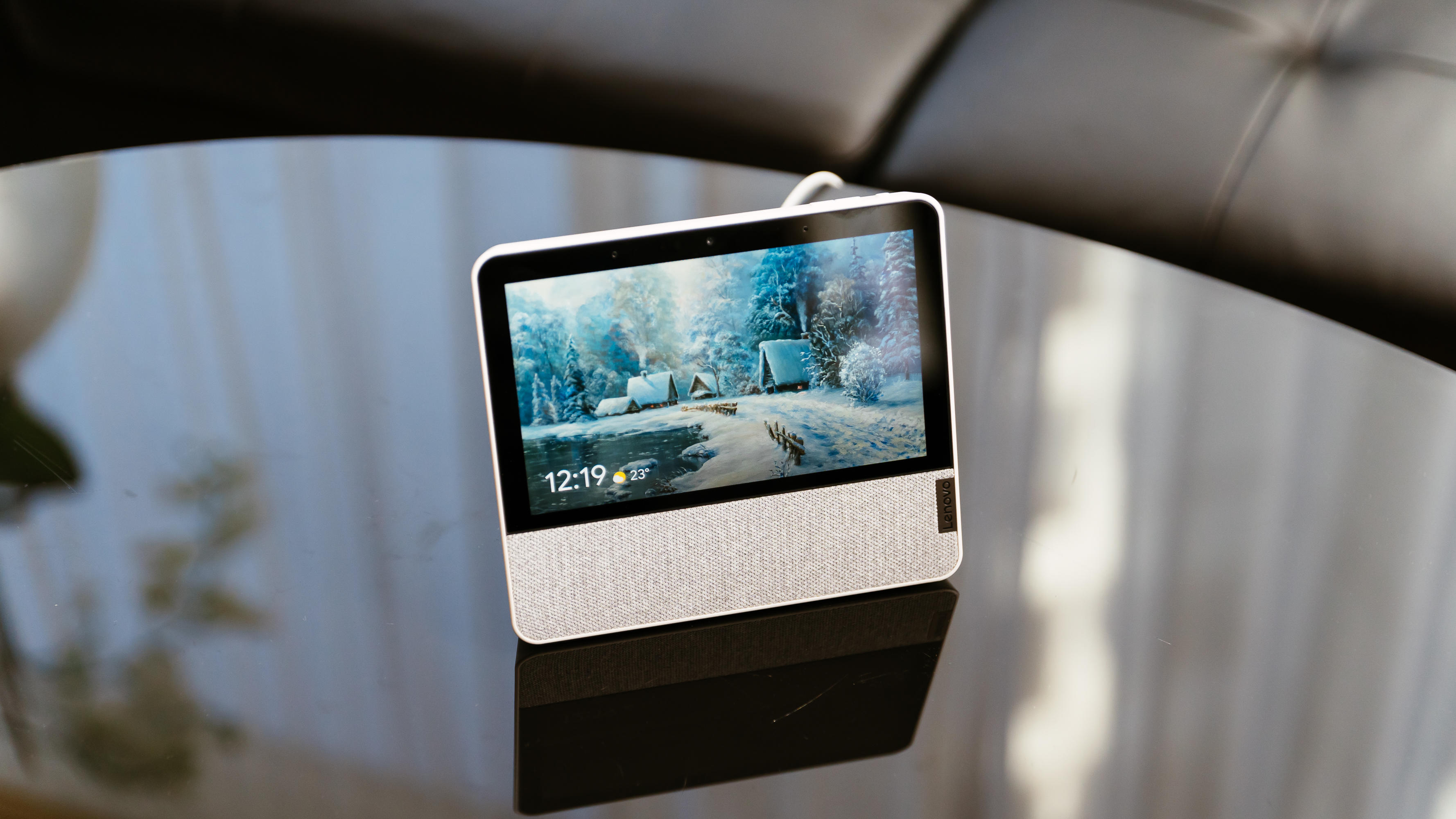 Video: Lenovo's new smart display looks to follow in the Nest Hub's footsteps