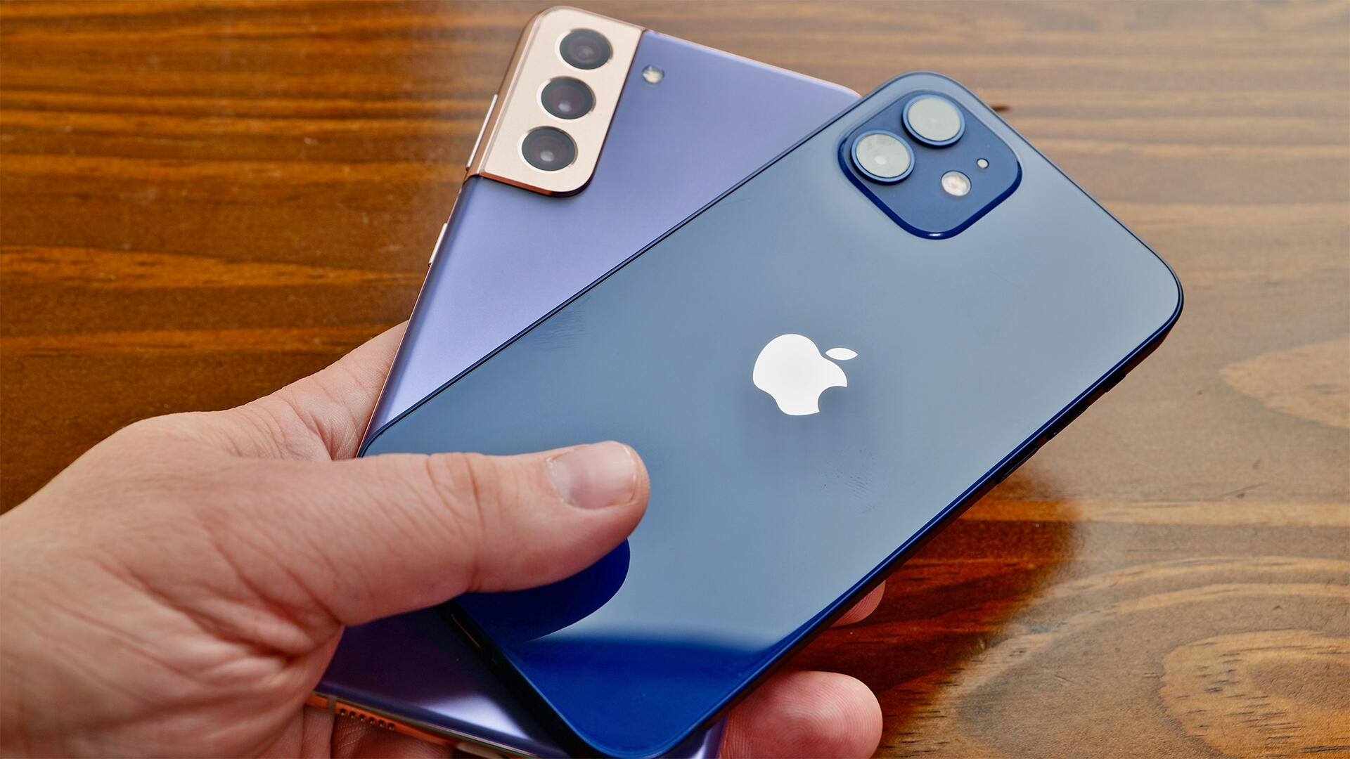 Video: Camera comparison: Galaxy S21 vs. iPhone 12
