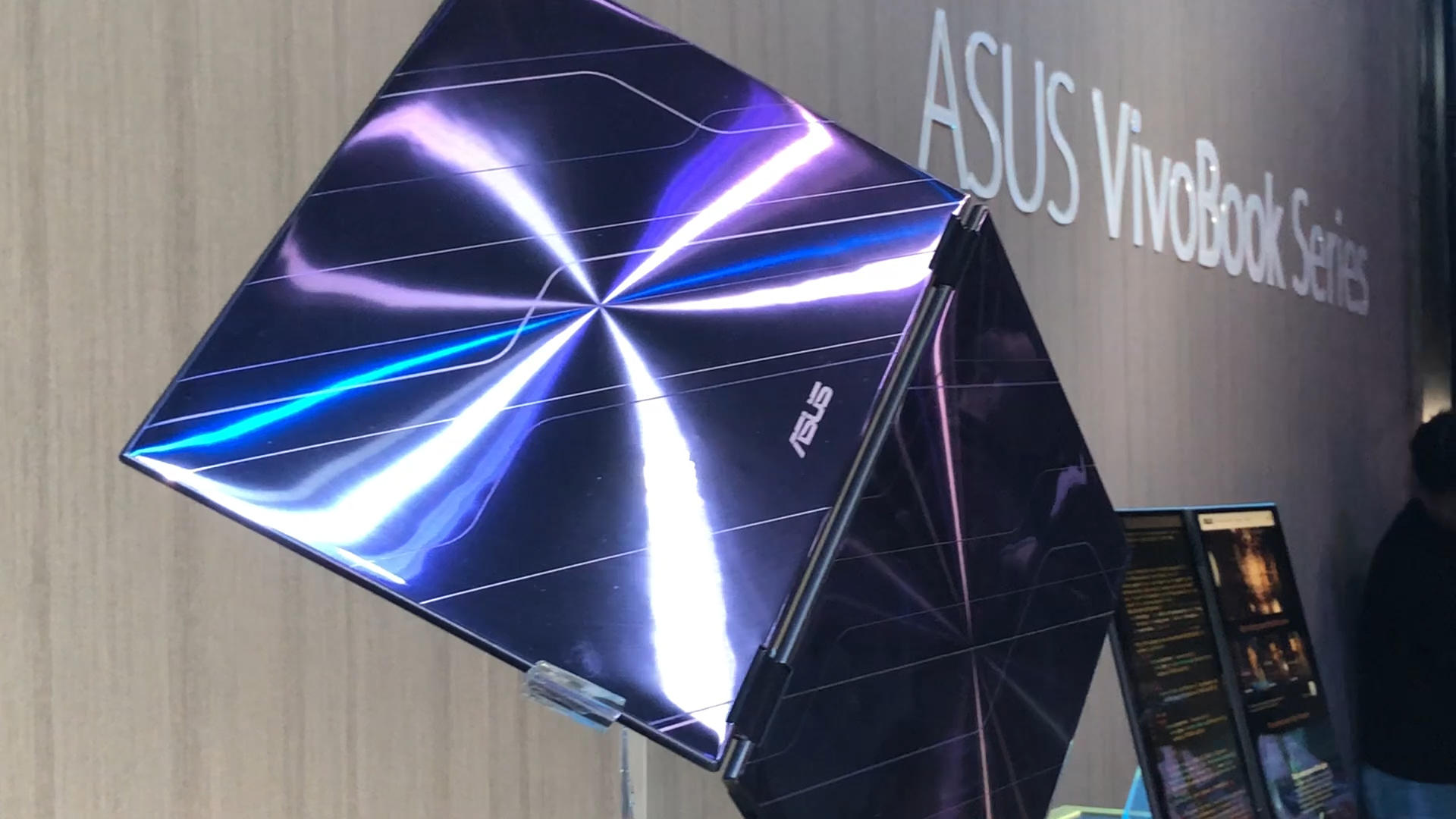 Video: The Asus concept Project Precog is the dream laptop of the future