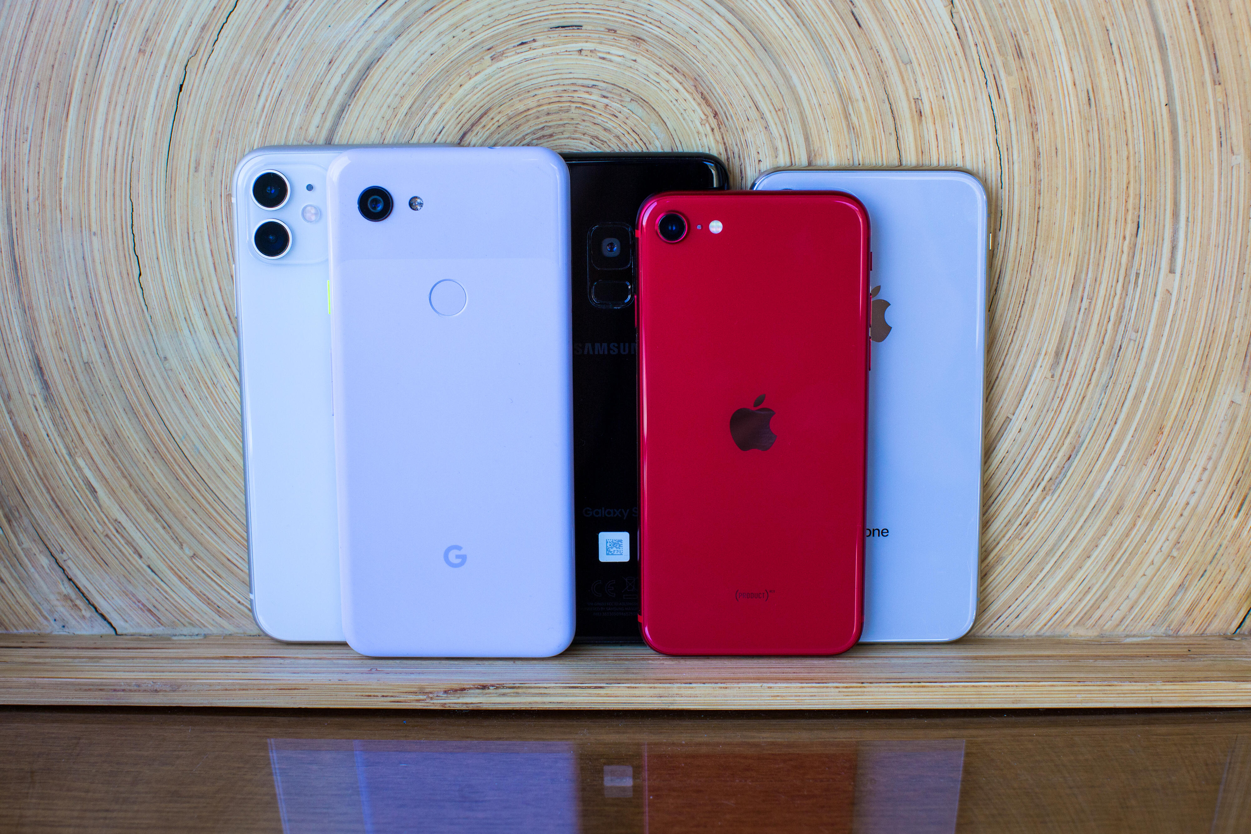 phone-stack-apple-iphone-android-google-pixel-1750