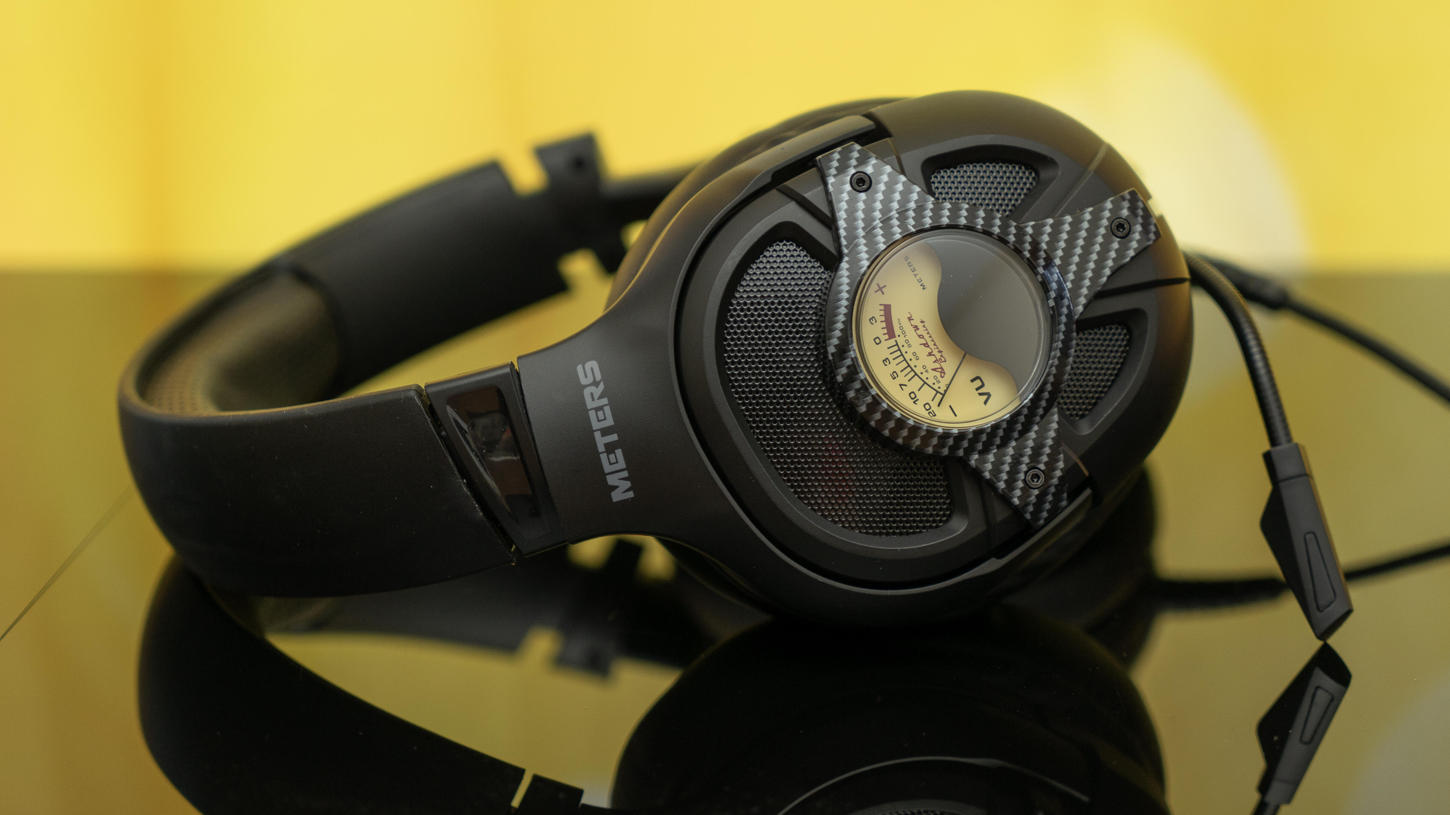 Meters Level Up gaming headset has VU meters on its earcups