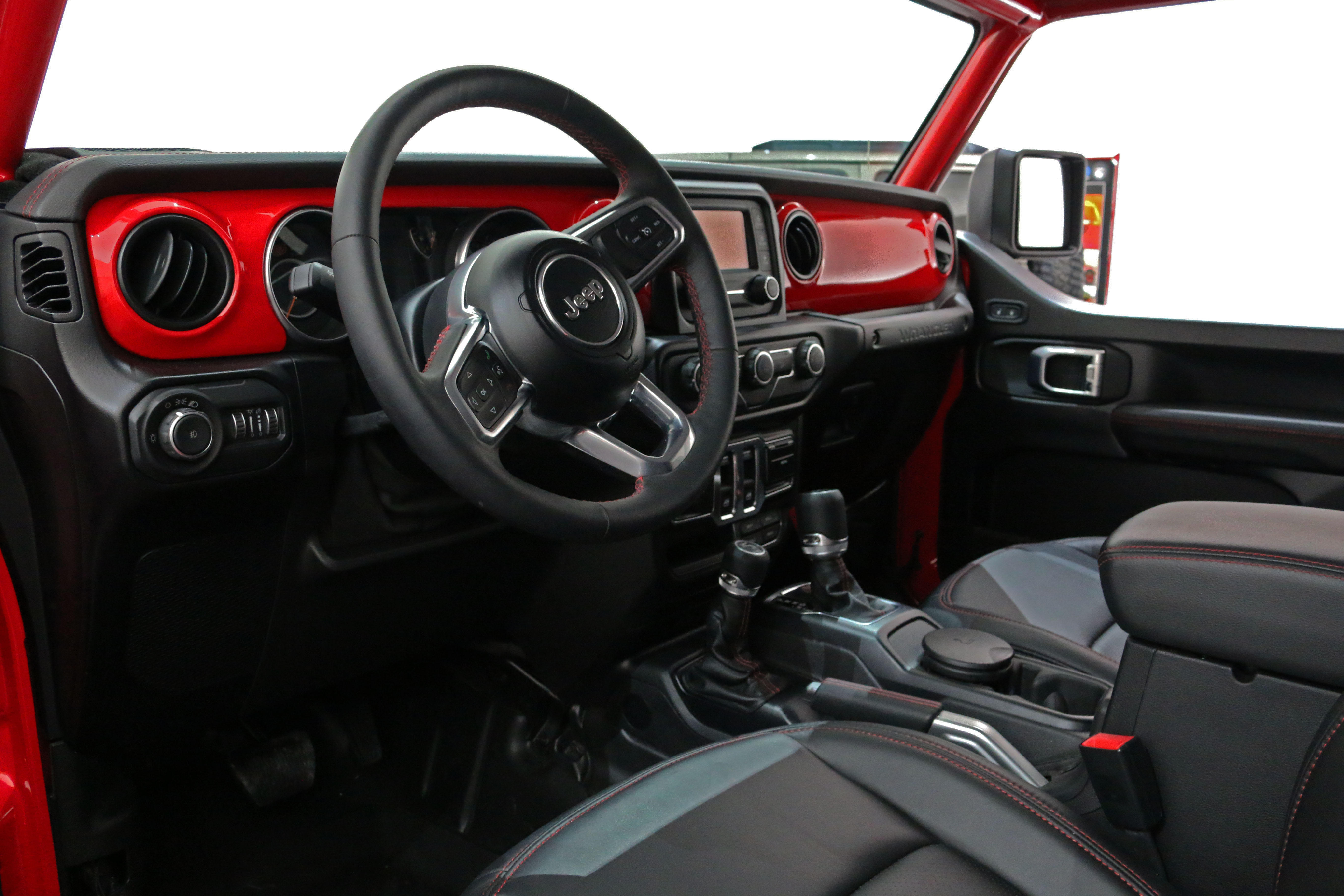 jeep-jeepster-concept-30