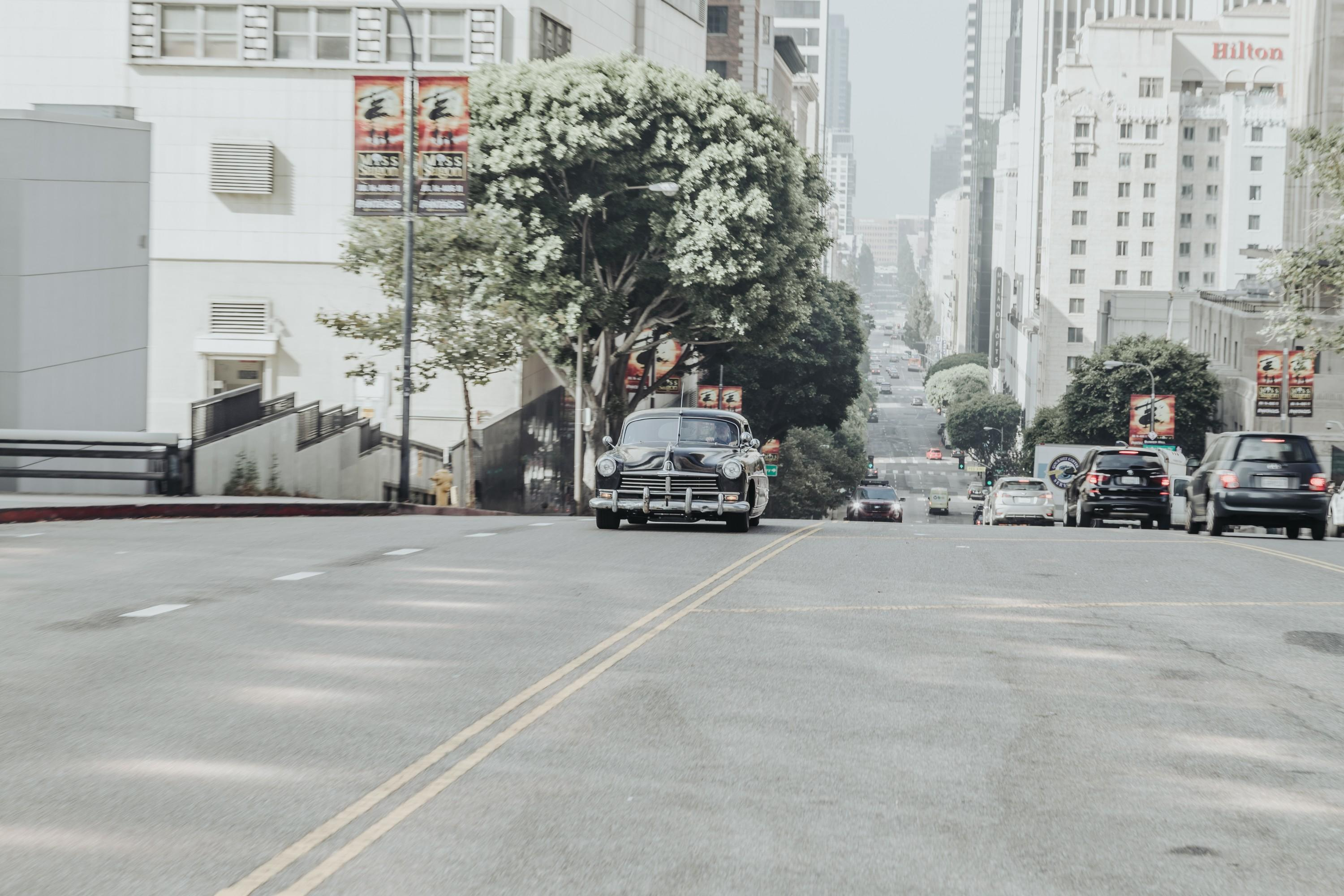 icon-hudson-derelict-driving-toward-cam-dtla-img-1365