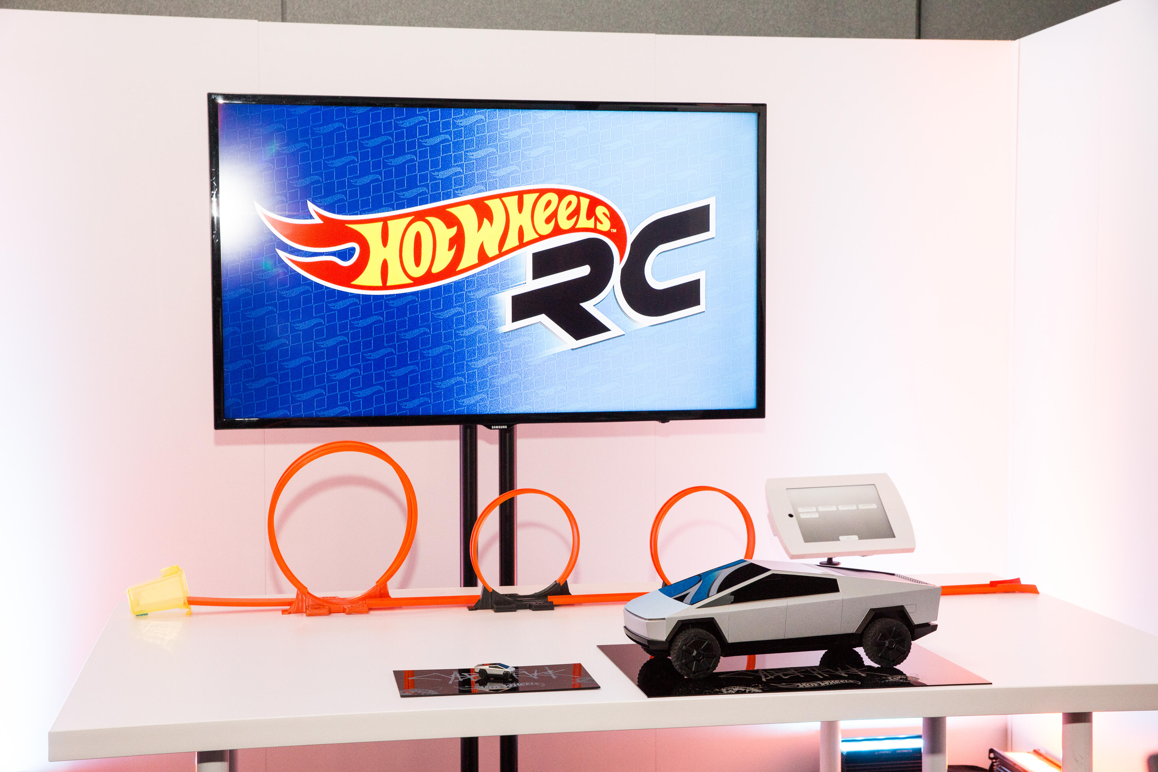 Hot Wheels Mattel Tesla Cybertruck Toy Fair 2020