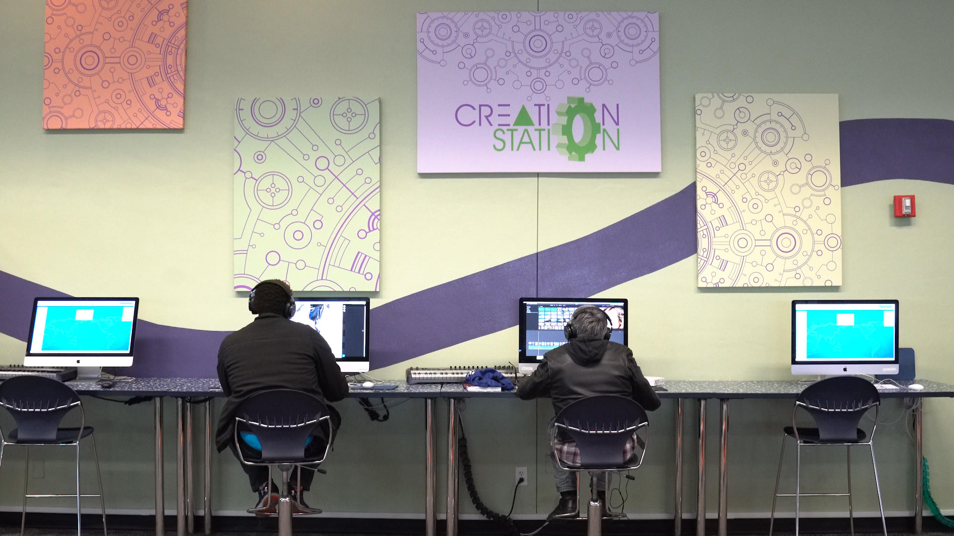 Video: This library puts tech in the hands of its patrons
