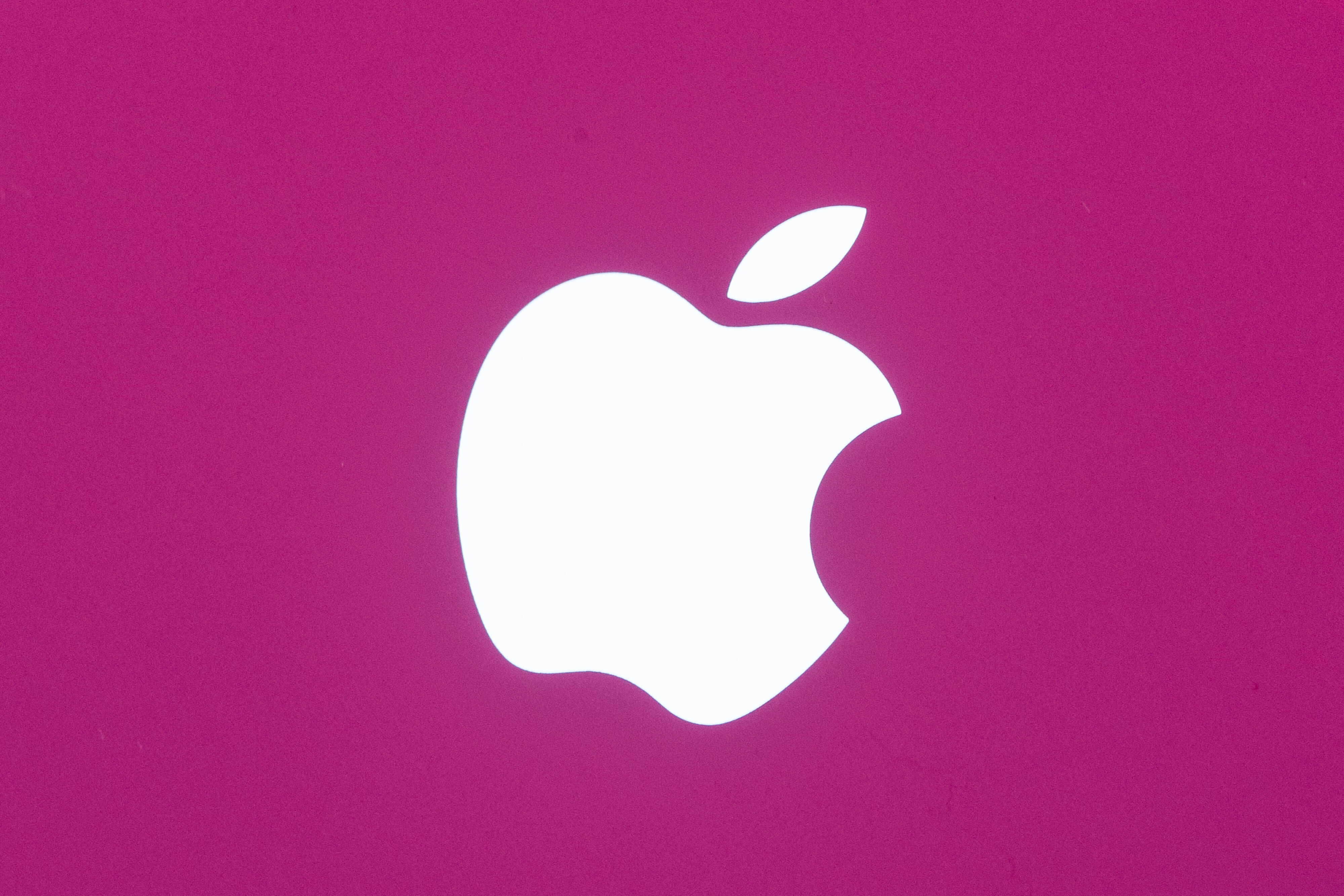 apple-iphone-logo-3786