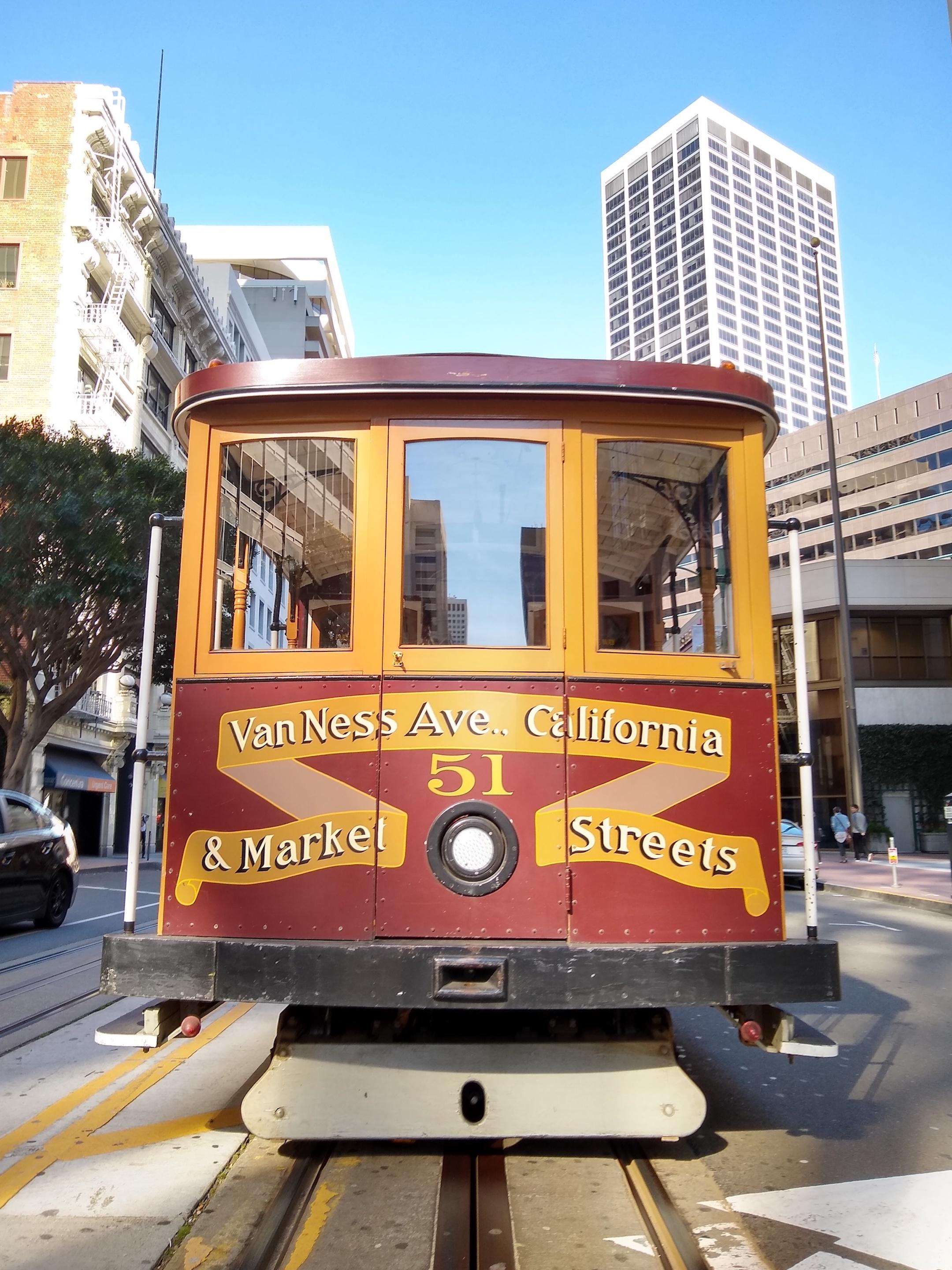 small-good-photo-cali-cablecar-front