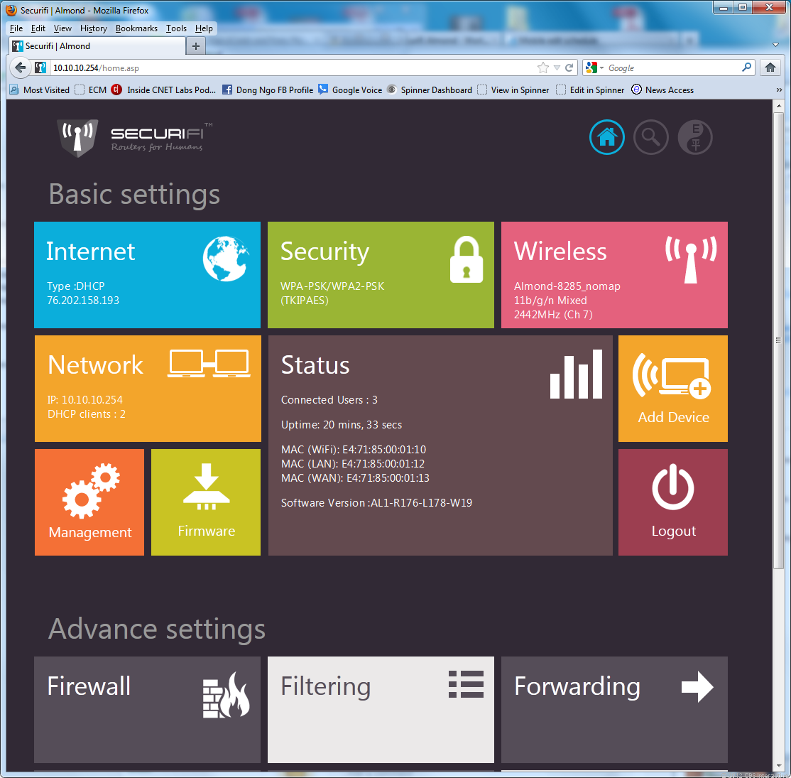 The Almond's interface resemble the Metro interface of Windows 8.