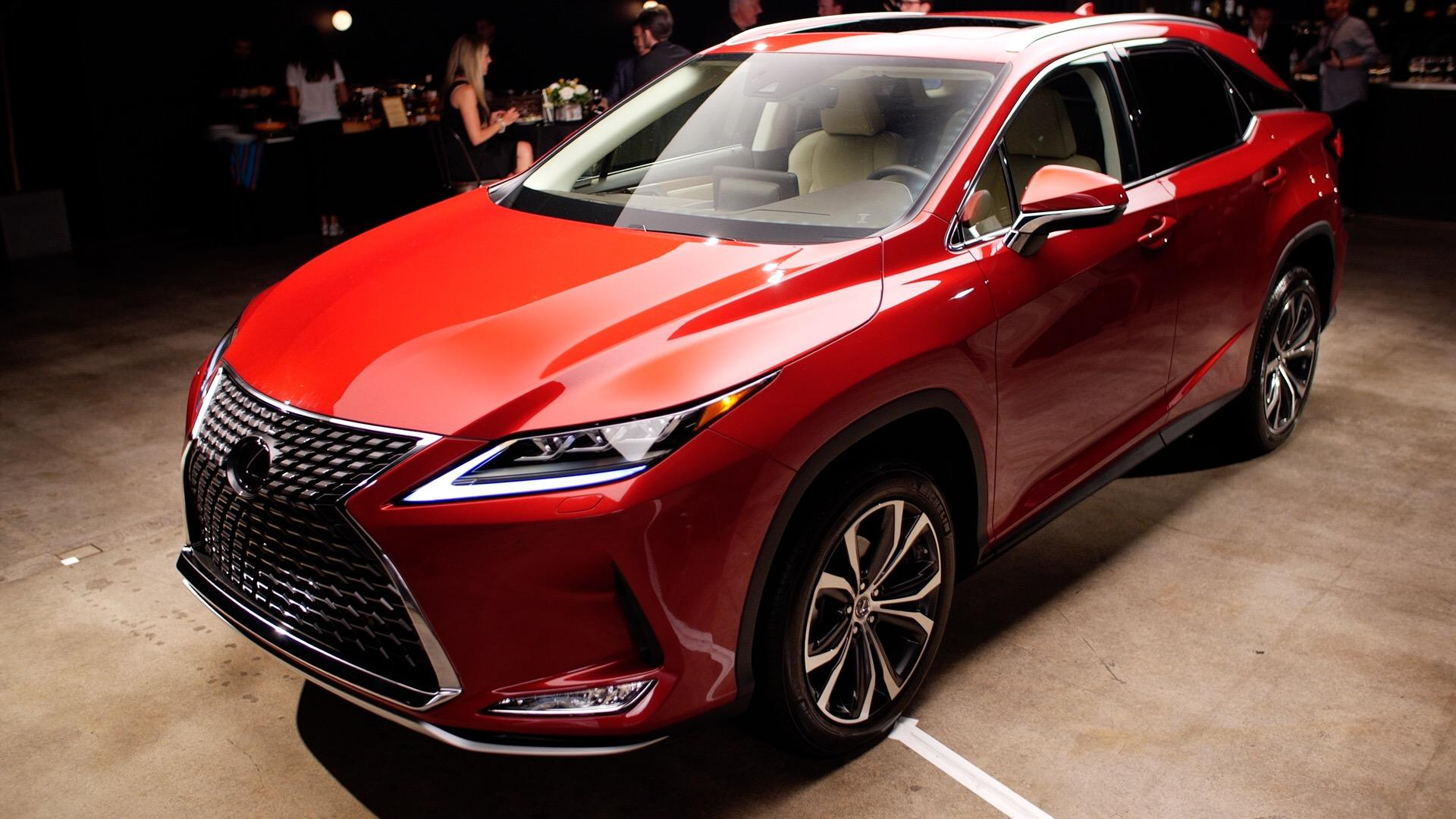 Video: 2020 Lexus RX ups its tech game for a new decade