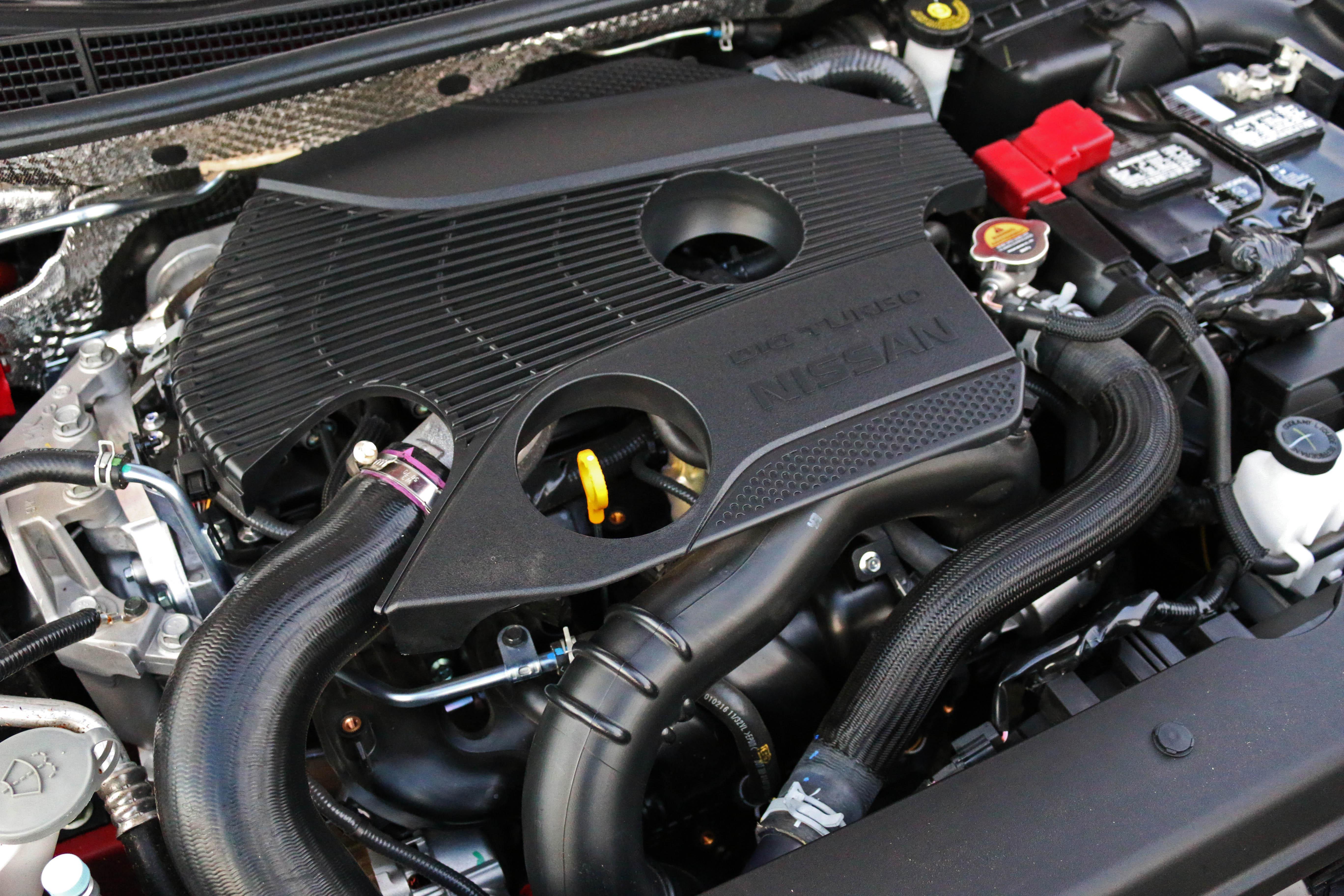 2017-nissan-sentra-sr-turbo-13.jpg