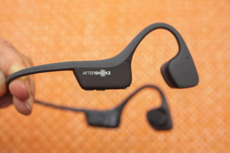 trekz-air-aftershokz-wireless-bone-conduction-headphones-07