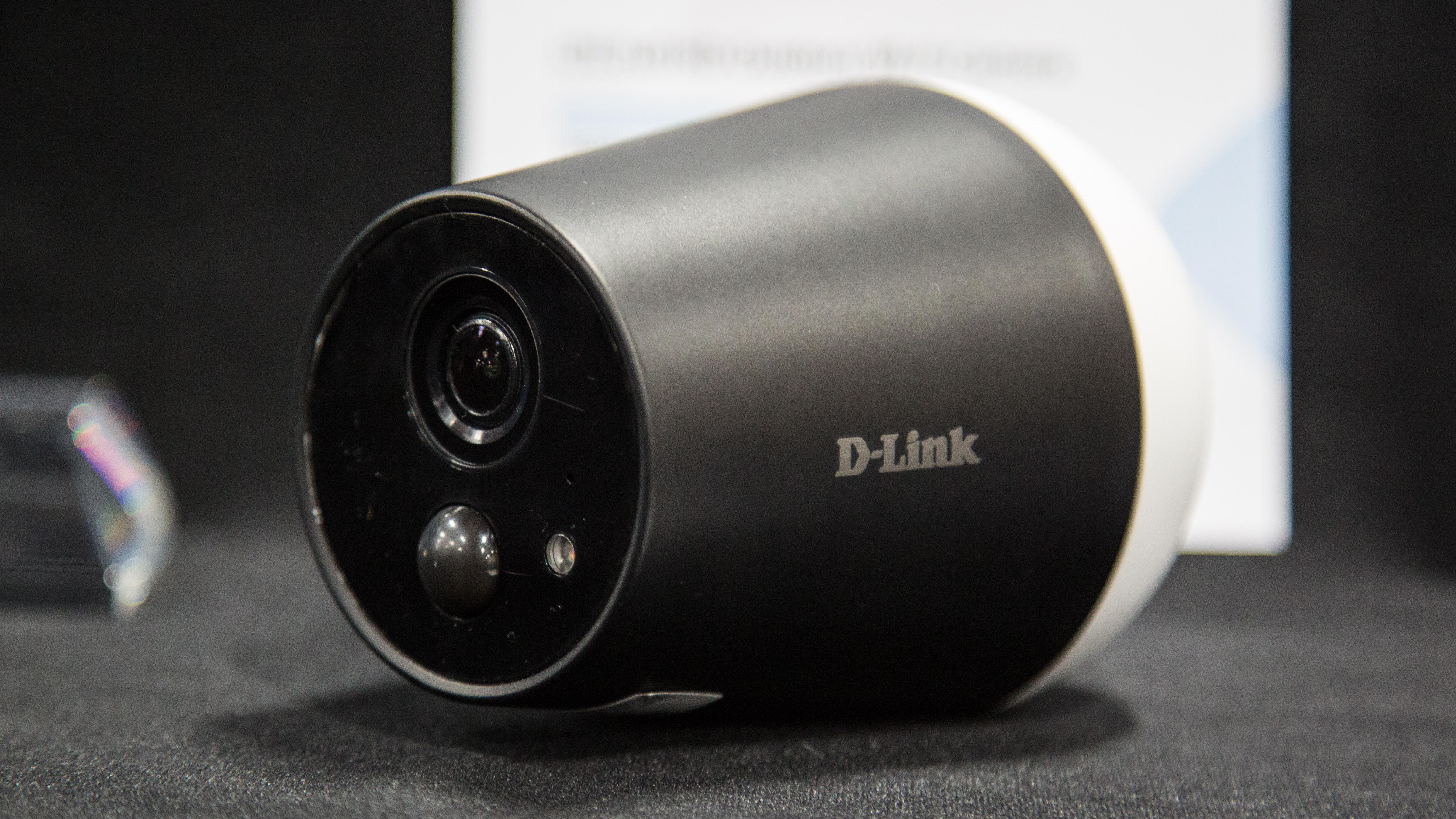 d-link-lte-full-hd-indoor-outdoor-camera-dcs-1820lh-image-1