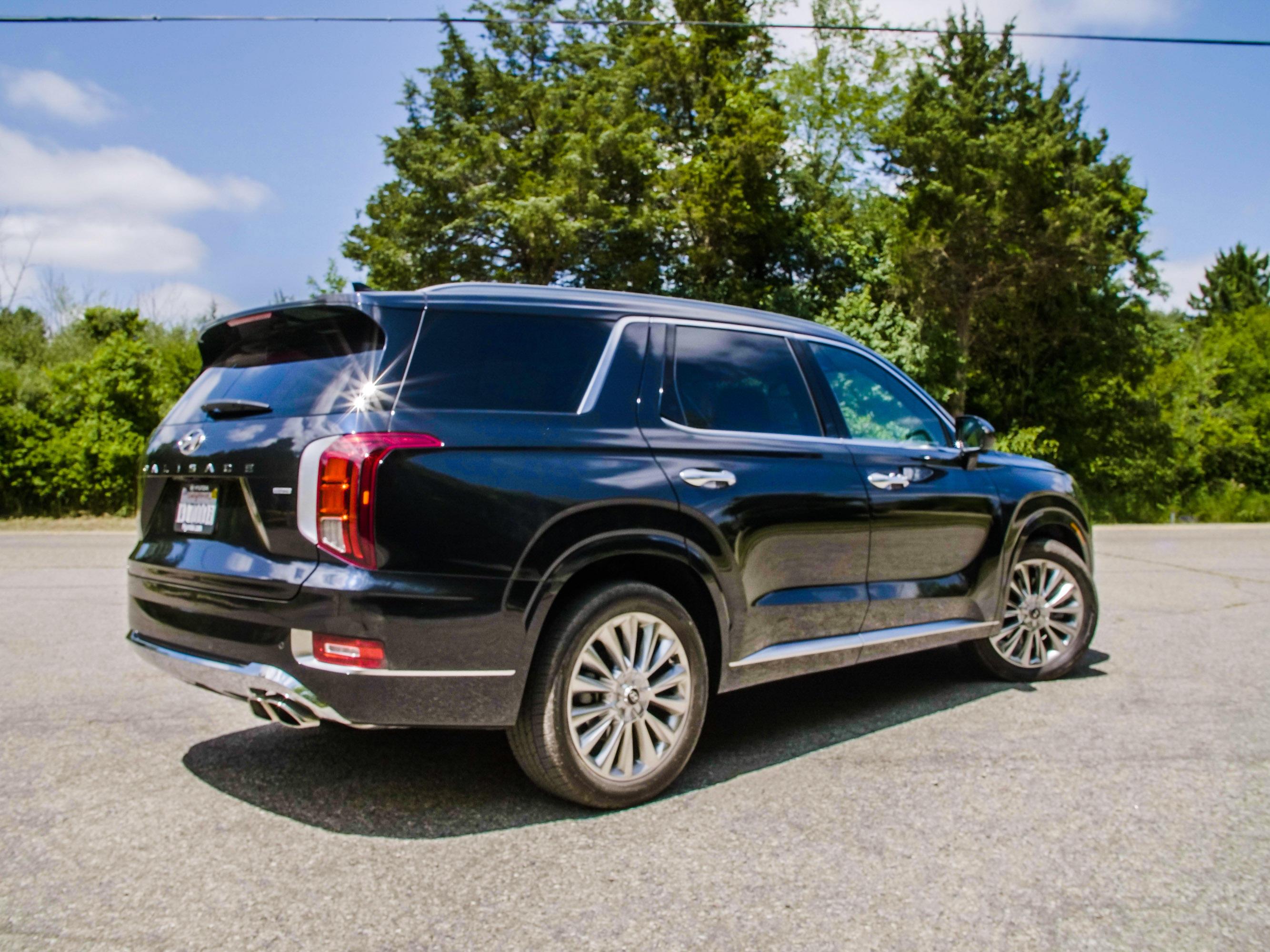 2020 Hyundai Palisade - rear three-quarter view