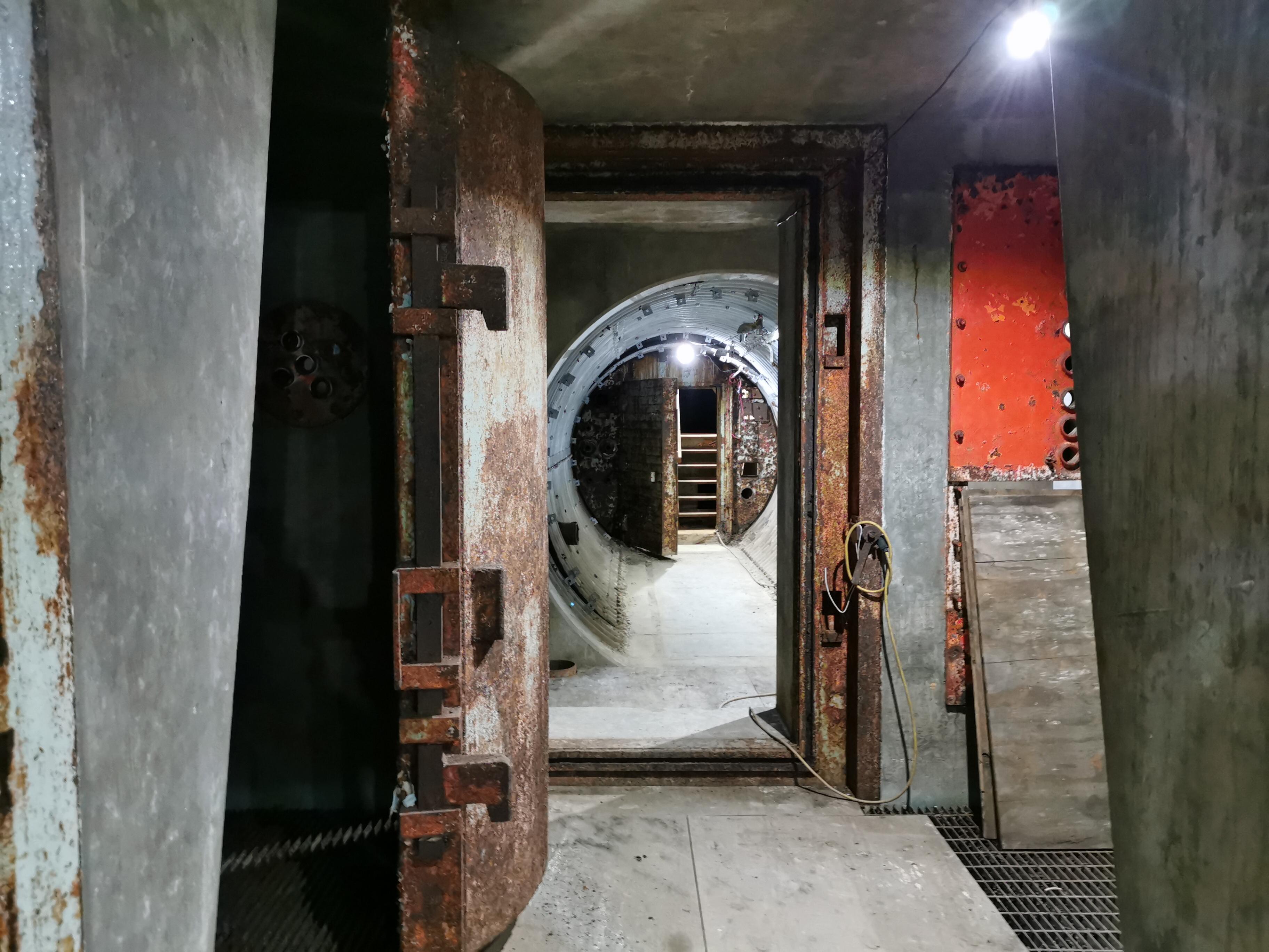 hta-bunker-2-blast-doors
