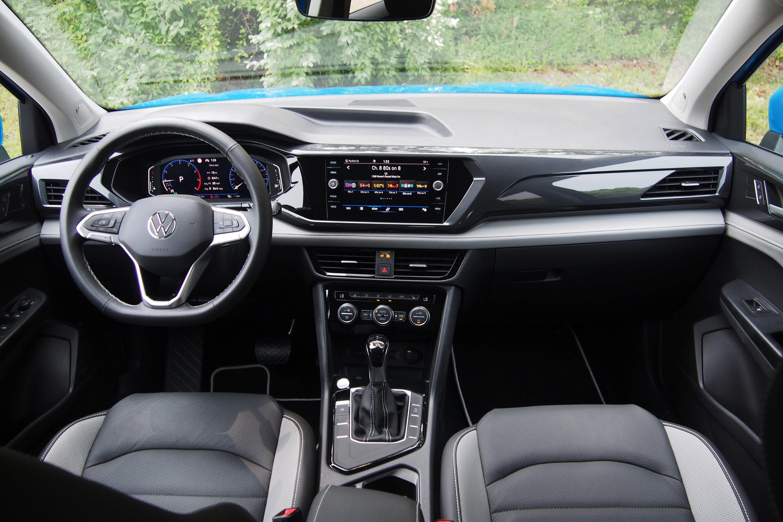 2022 Volkswagen Taos SEL FWD - interior