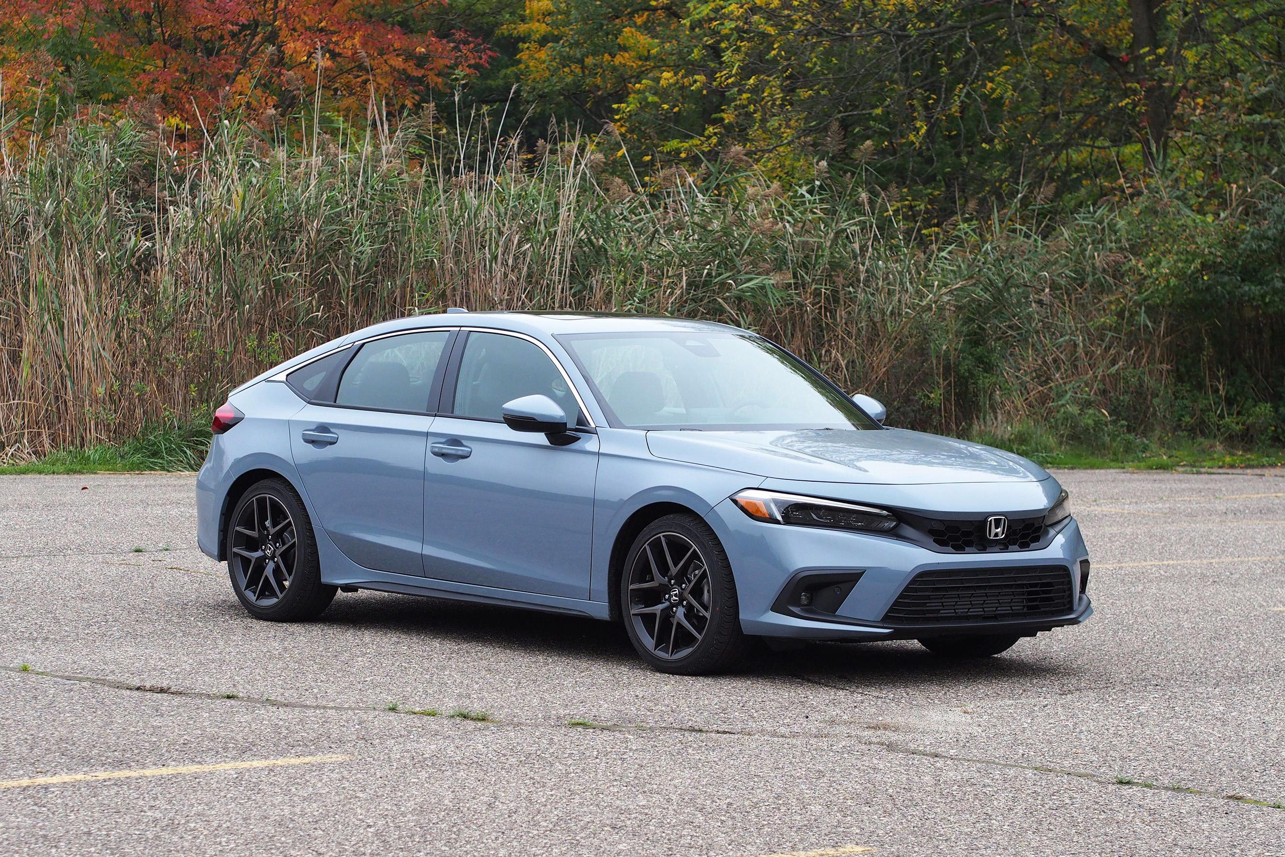 2022 Honda Civic Hatchback Sport Touring - front