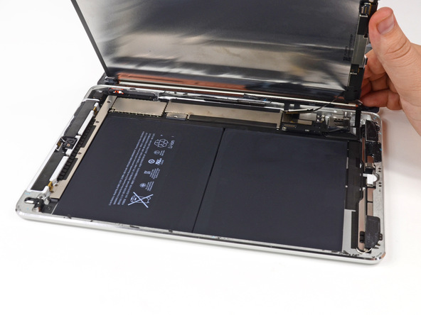 iPad Air battery: Reducing the size of the battery has a big impact on weight and size.