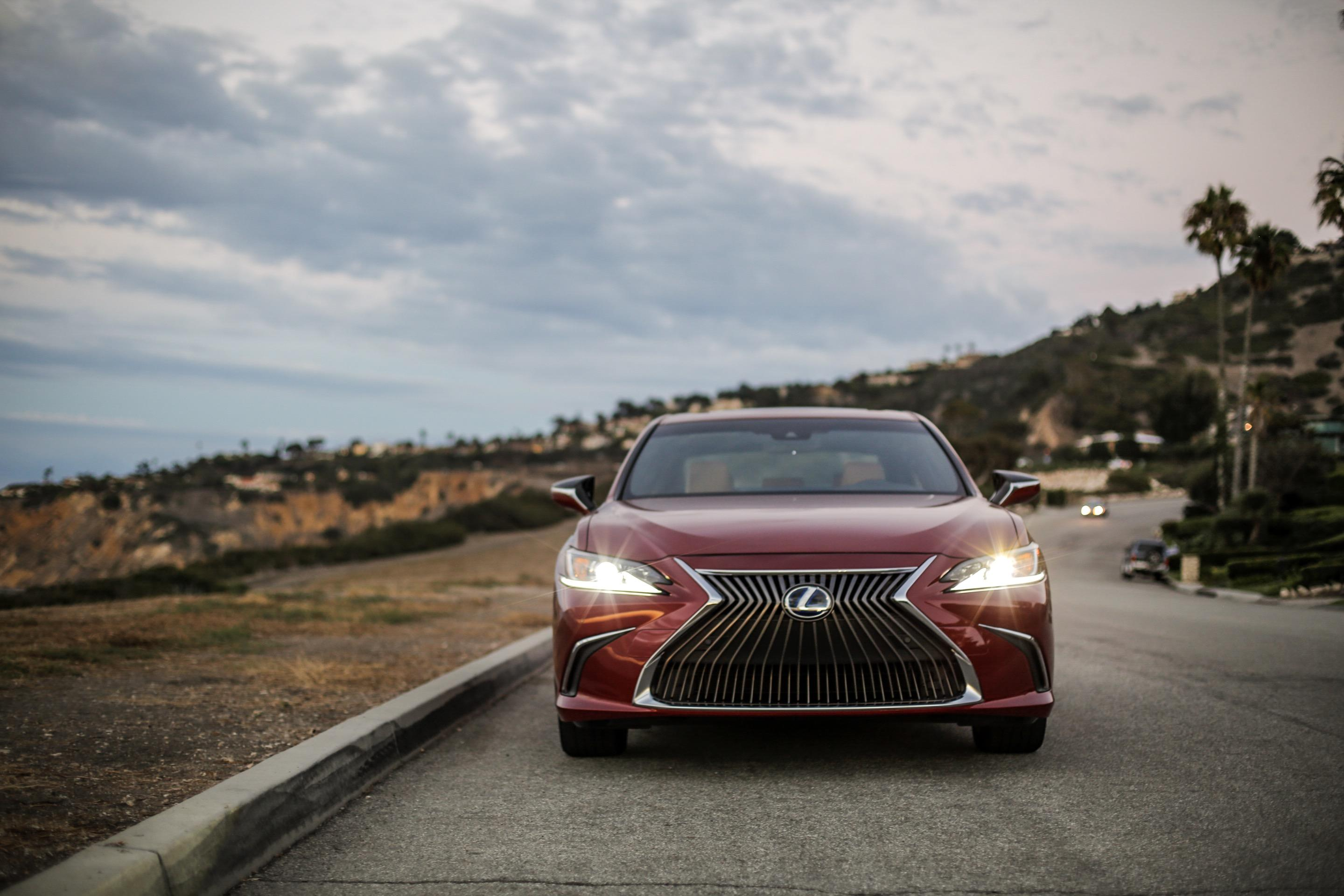 Manuel Carrillo III's pick: Lexus ES 300h