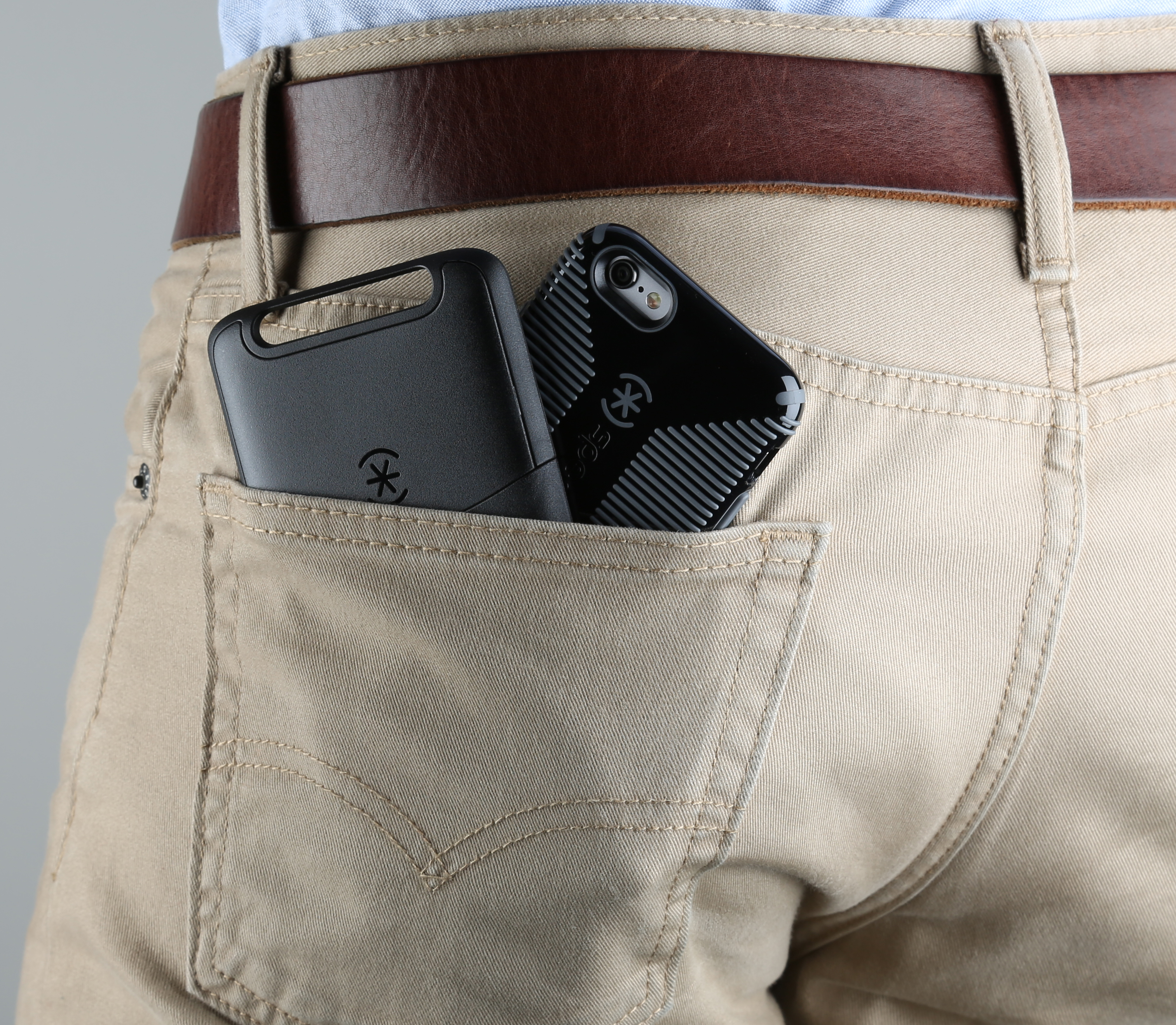 Speck Pocket-VR with CandyShell Grip case