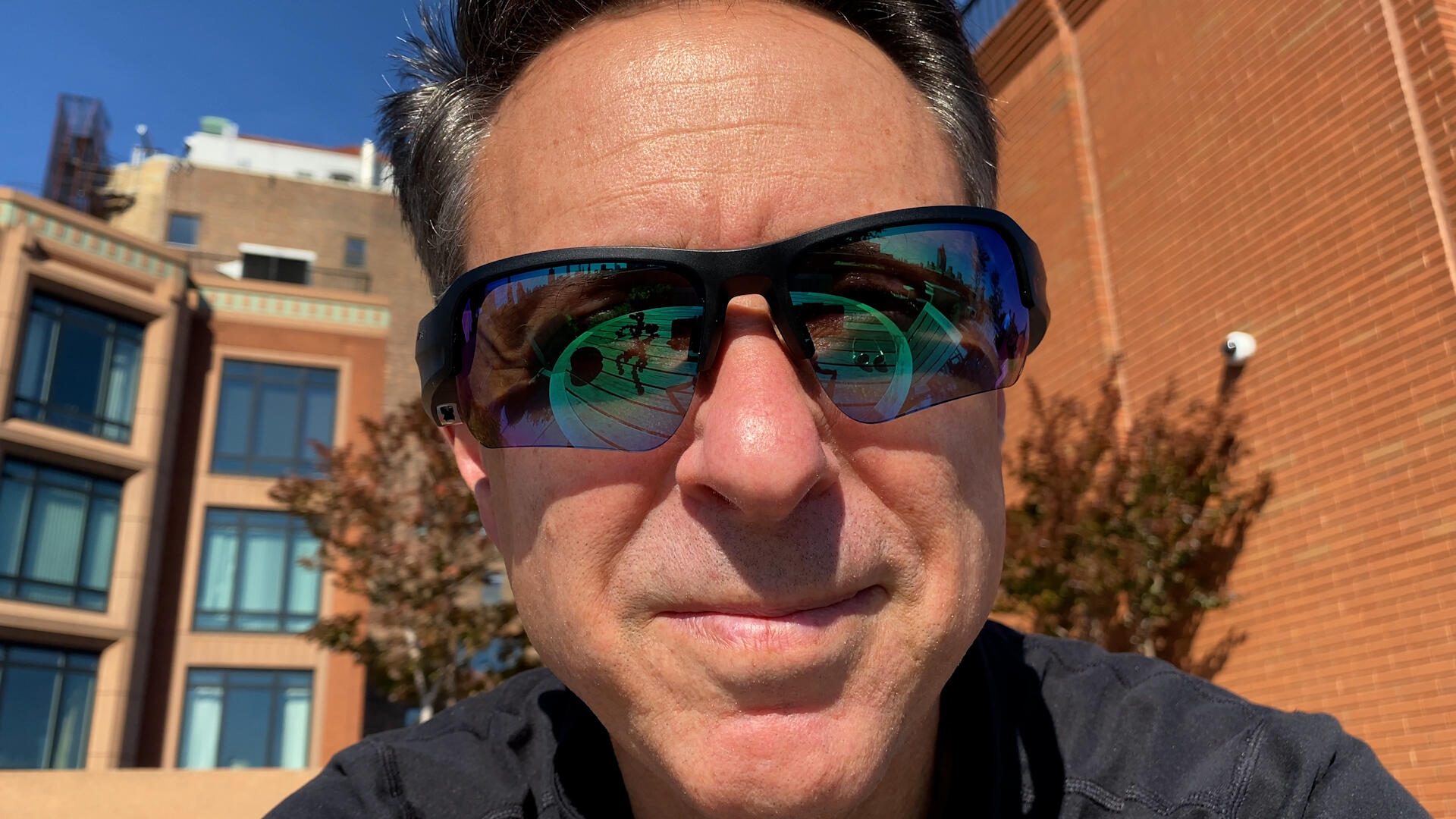 Video: Bose Frames 2.0 audio sunglasses review