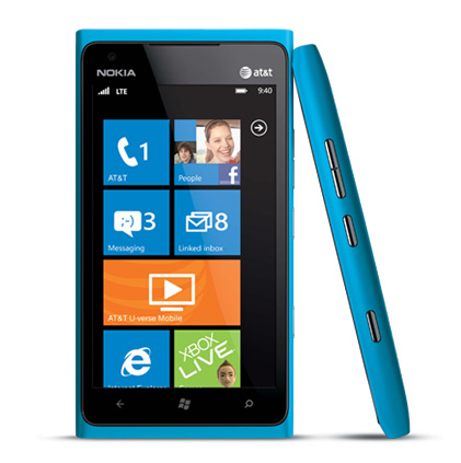 Nokia Lumia 900 runs Windows Phone 7. It has a chip with only a single-core processor like other Windows phones.