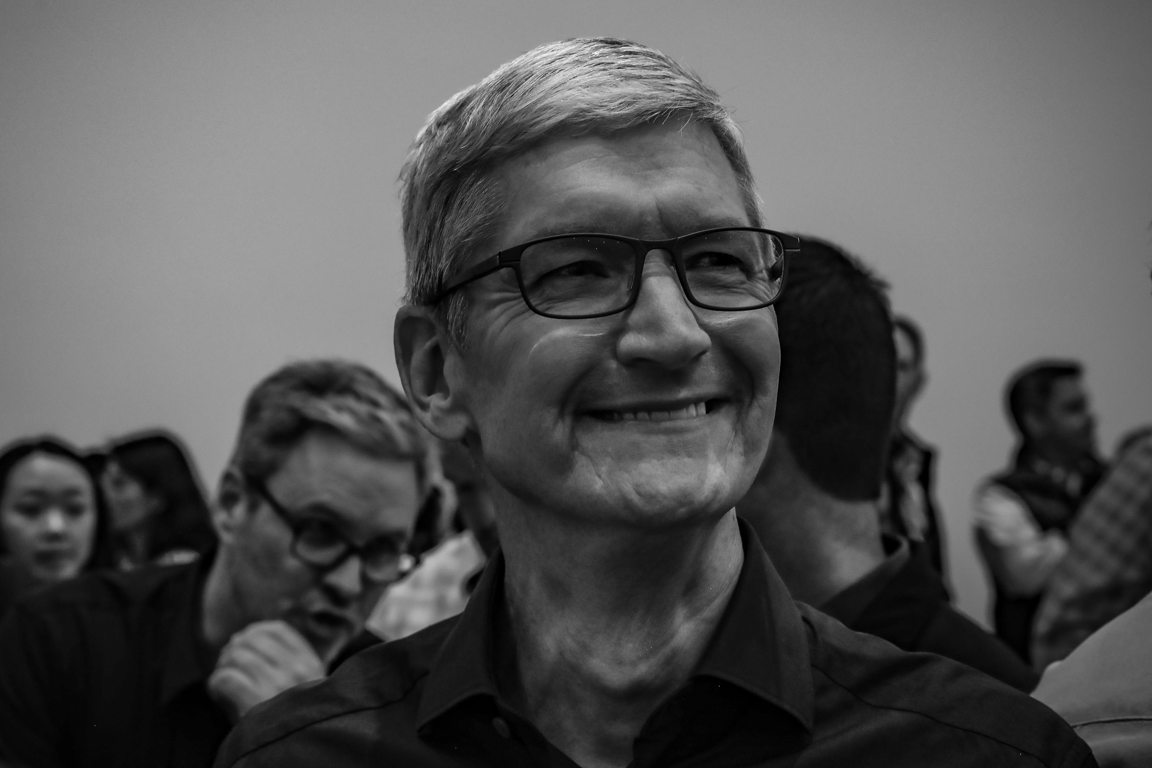 Tim Cook at the Steve Jobs Theater  apple-event-091218
