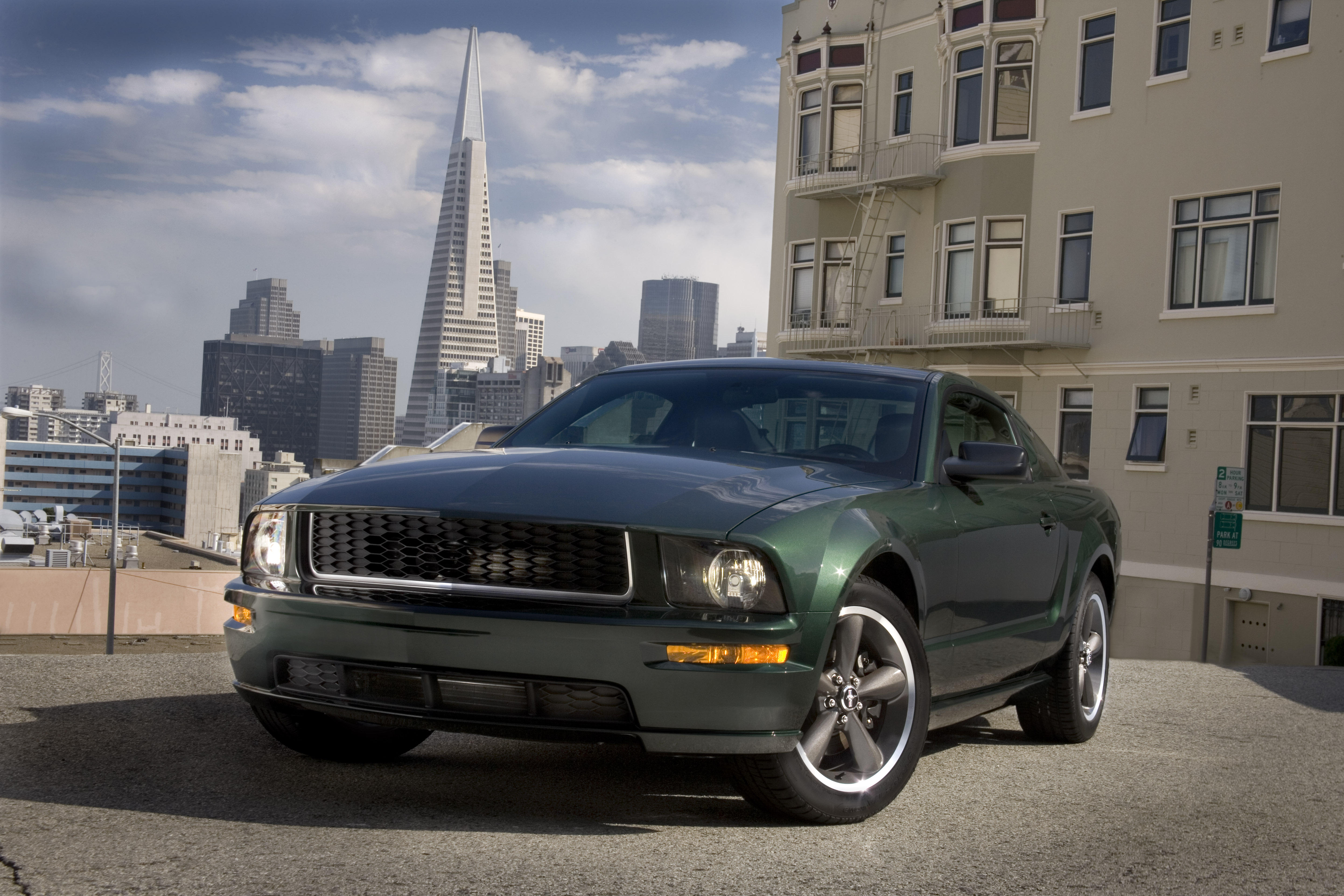 2008-ford-mustang-green-cn200801-001-1
