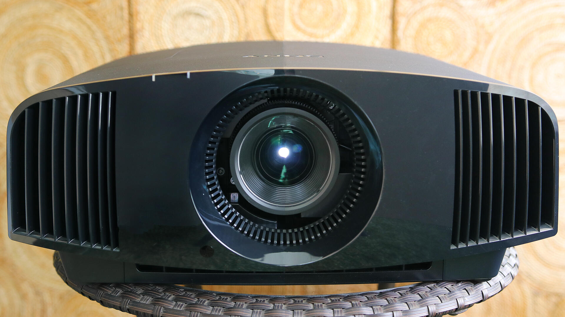 Sony VPL-VW325ES 4K projector review: Epic home theater     - CNET