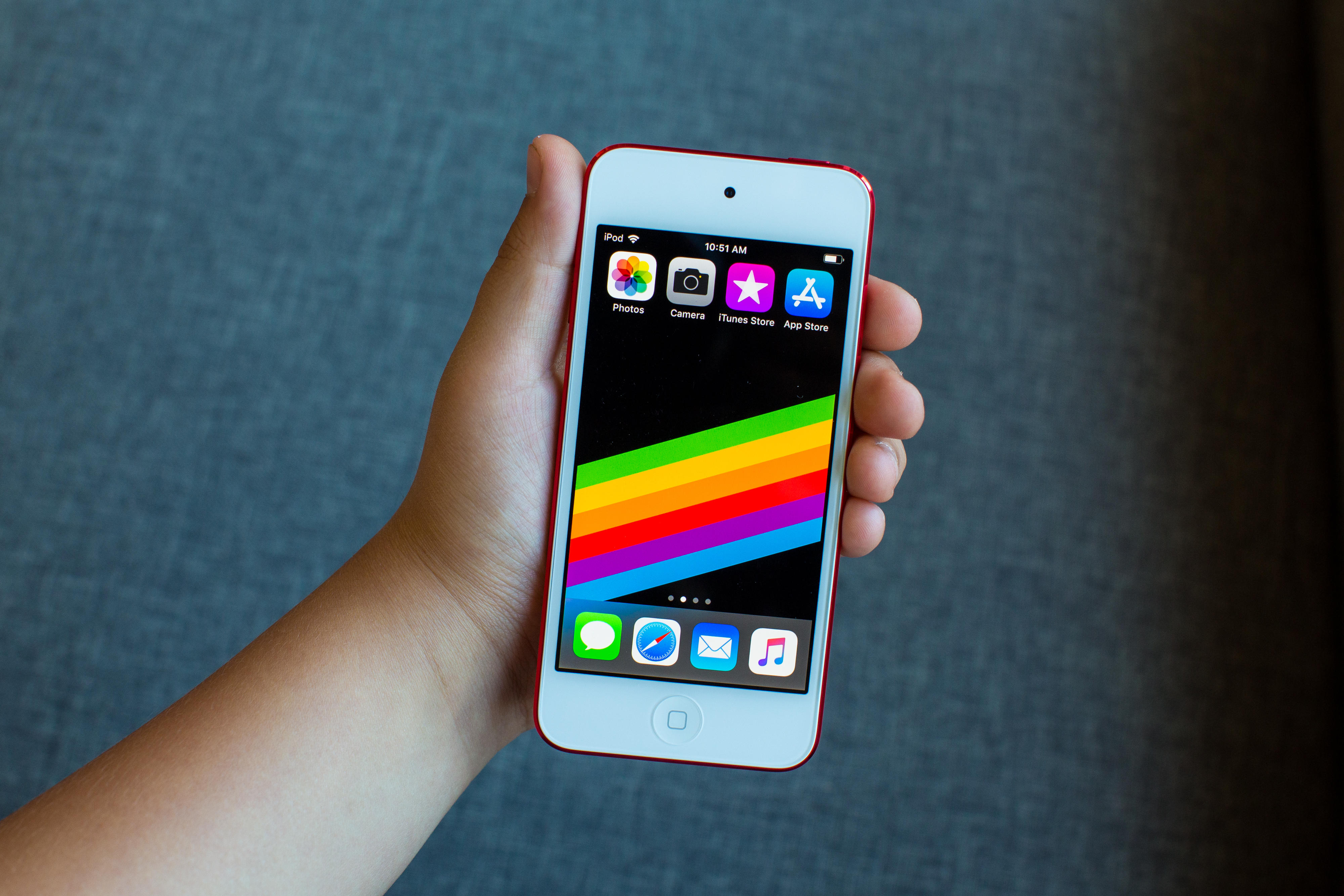 apple-ipod-touch-4-2