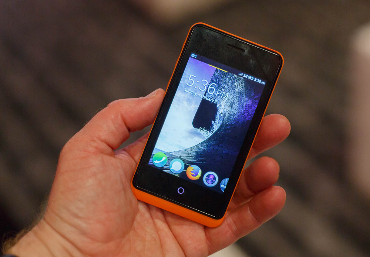 The opening screen of Firefox OS running on a Geeksphone Keon.