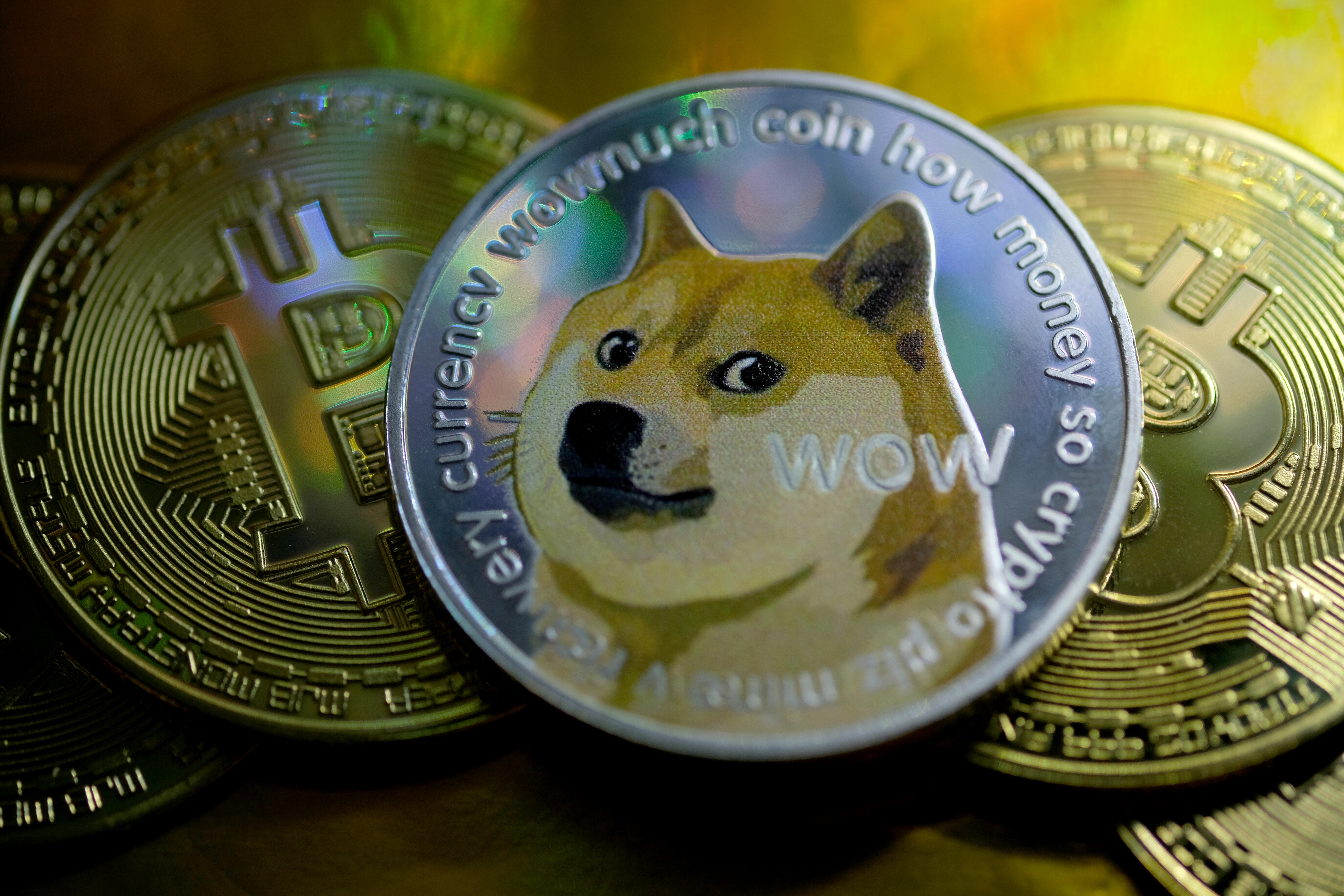 Bitcoin, Dogecoin prices fall after Musk says Tesla is dropping Bitcoin -  CNET