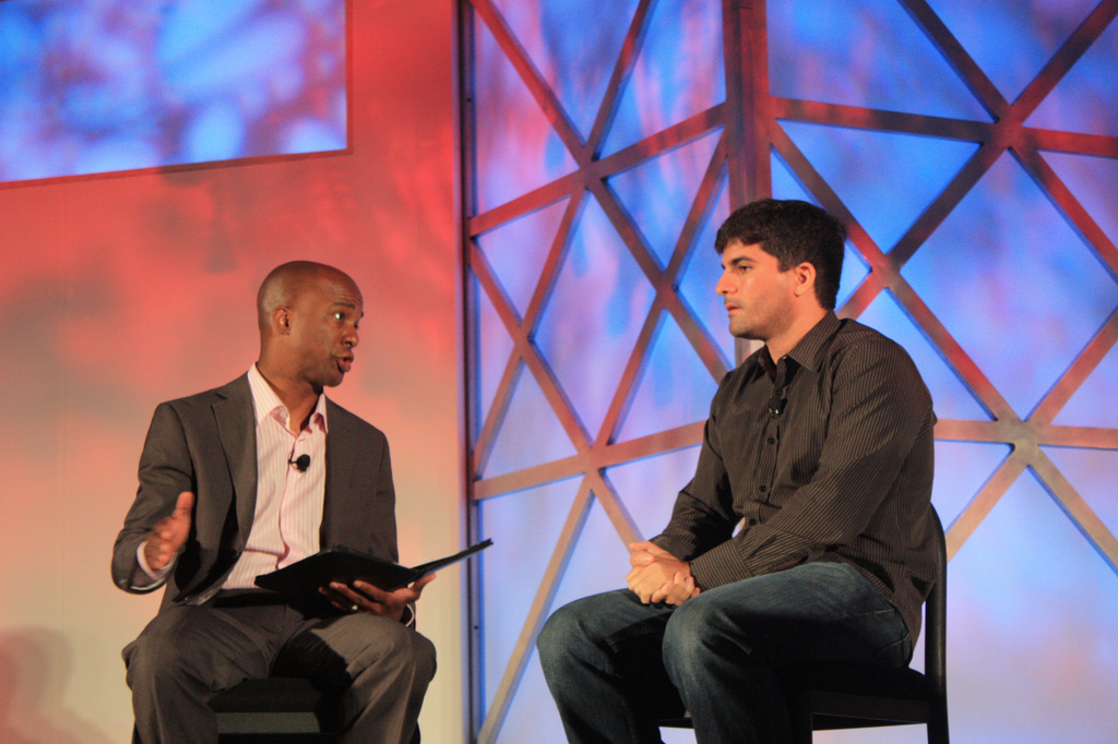 Omar Hamoui (right), CEO of Google's AdMob, tells new CNBC reporter Jon Fortt at MobileBeat 2010 that Apple has not yet enforced new iPhone rules that could have shut his ad network out of the iPhone.