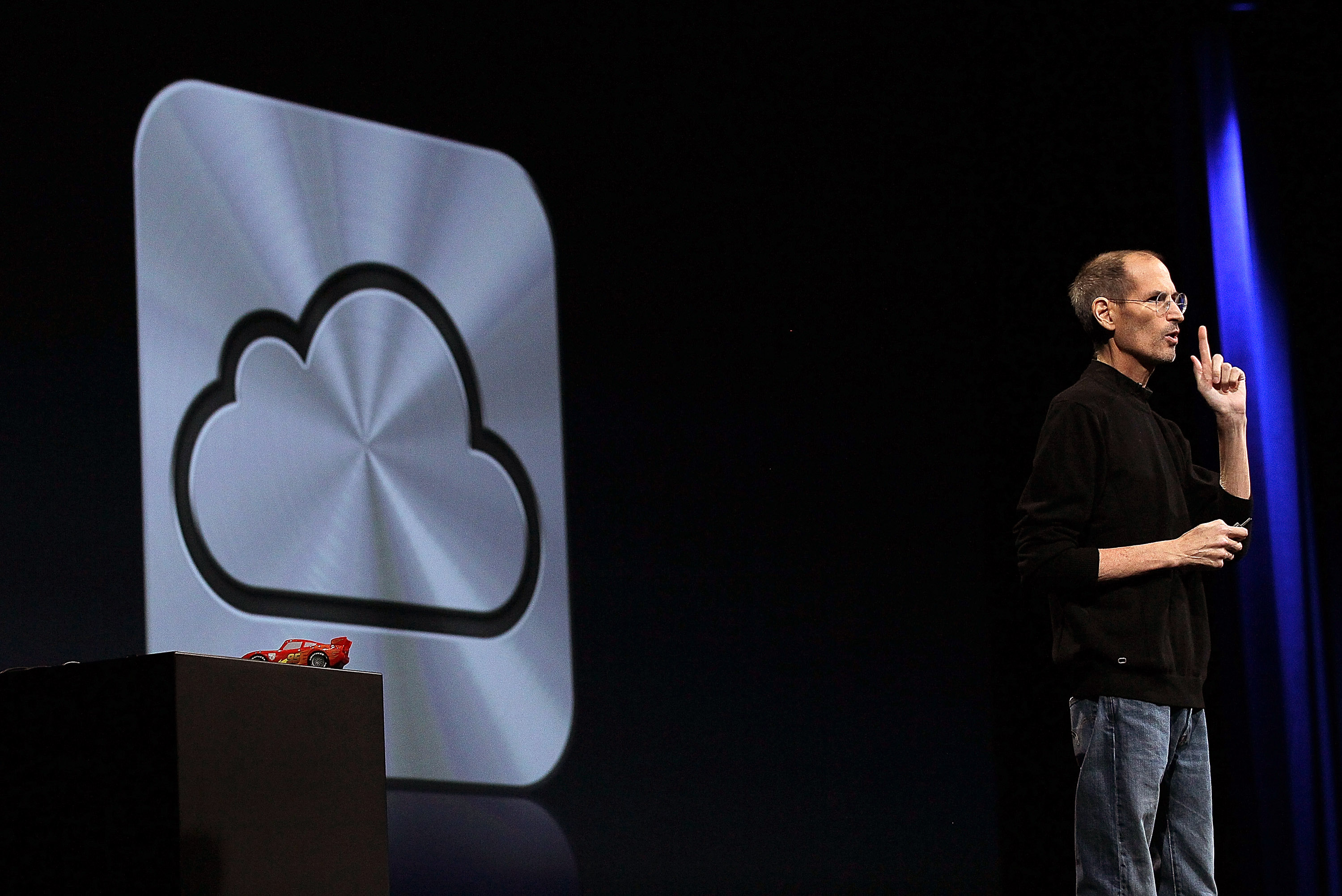 2011: Year of the iCloud