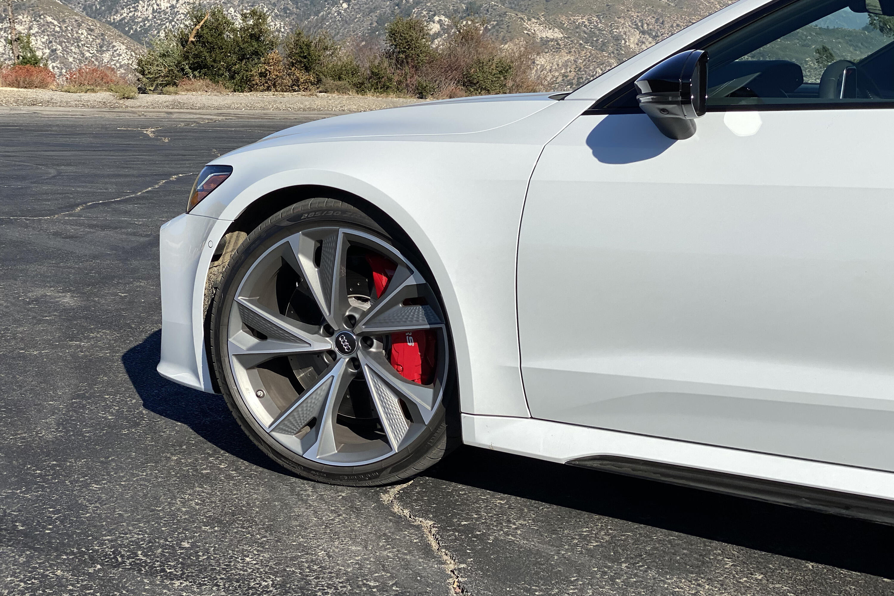 2021 Audi RS7 - 22-inch wheels and fenders