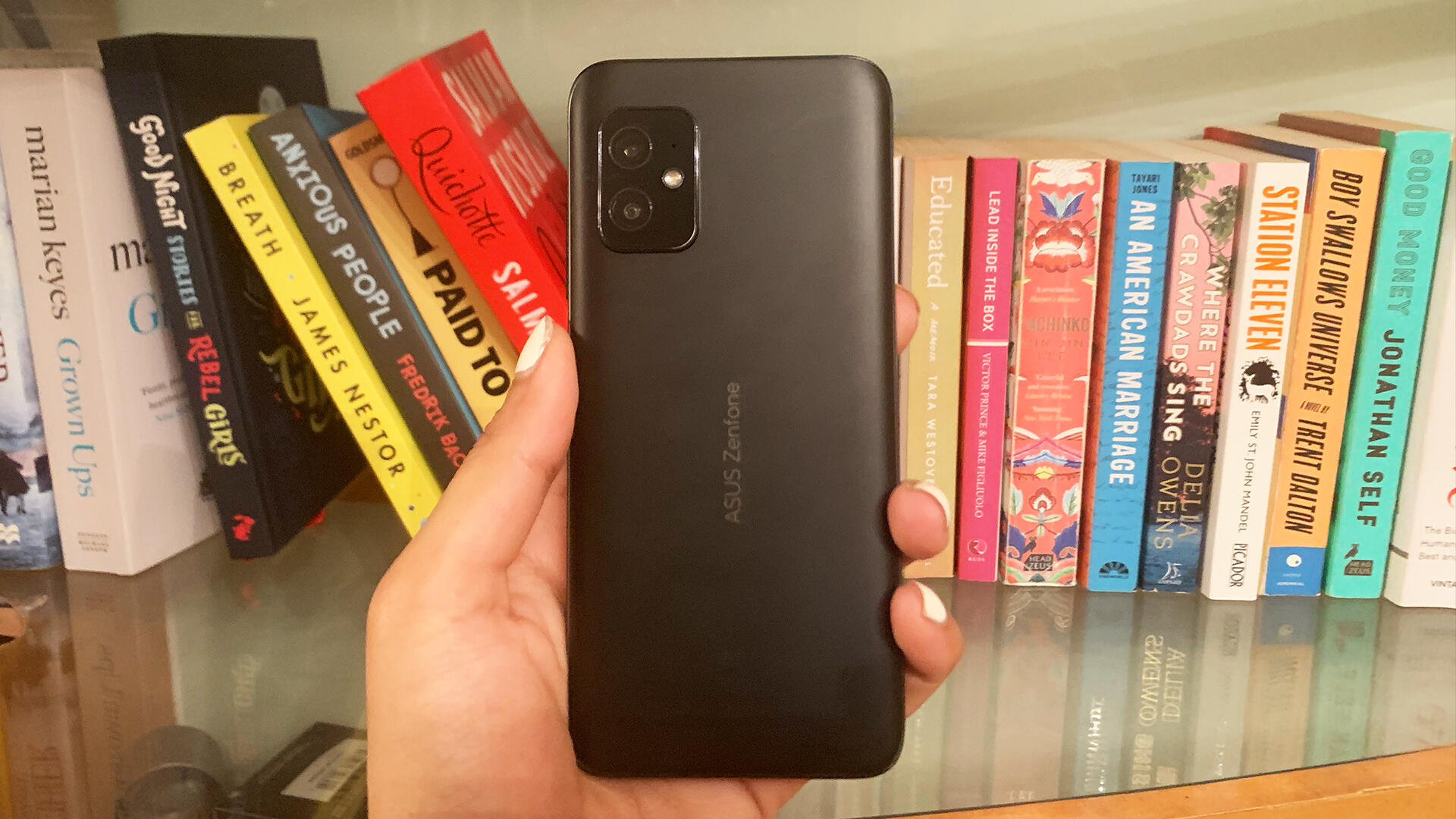 Video: ZenFone 8 review: Asus' small but mighty phone is a winner