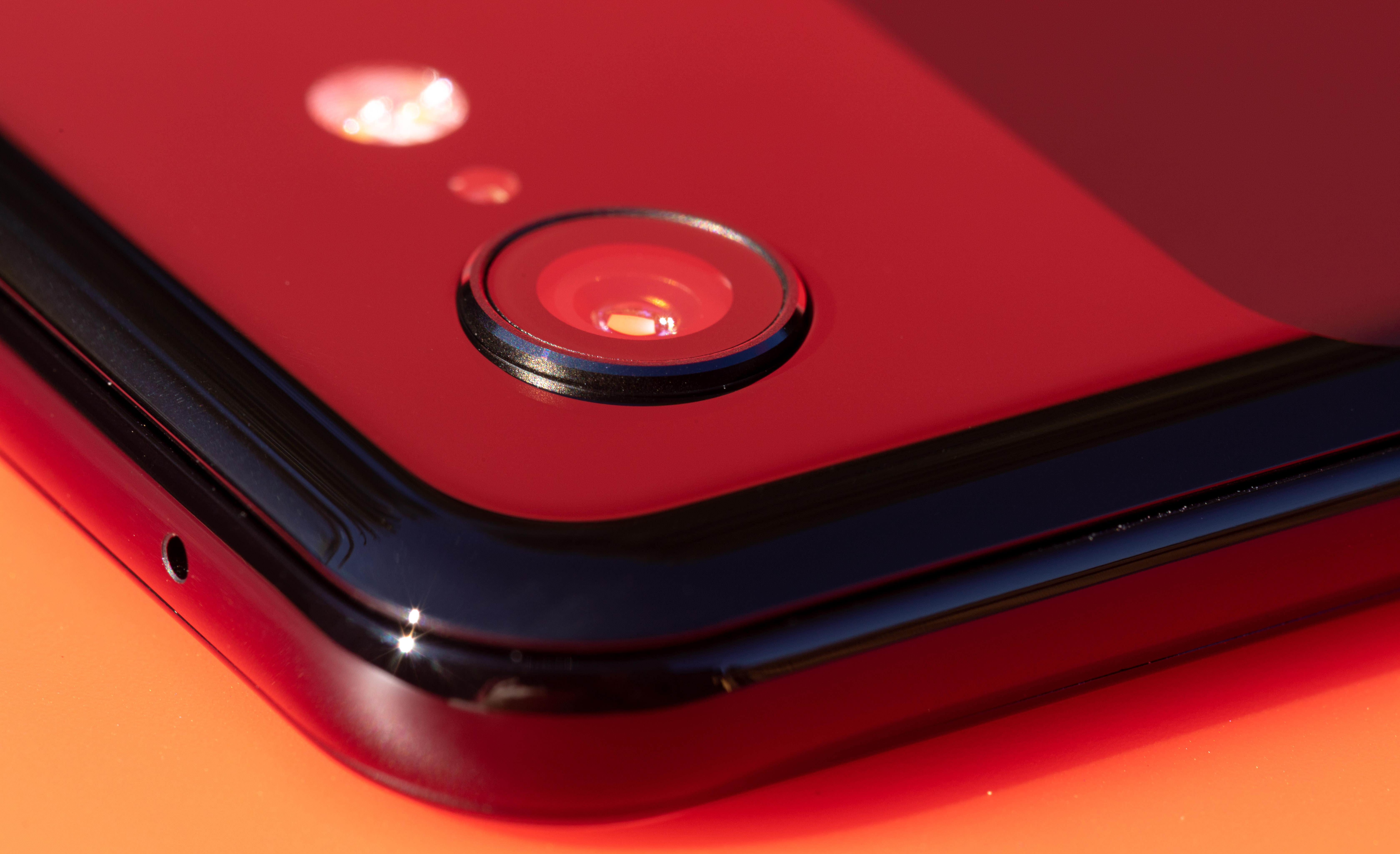 Google's Pixel 3 has a single rear-facing camera but uses software to extract better image quality.